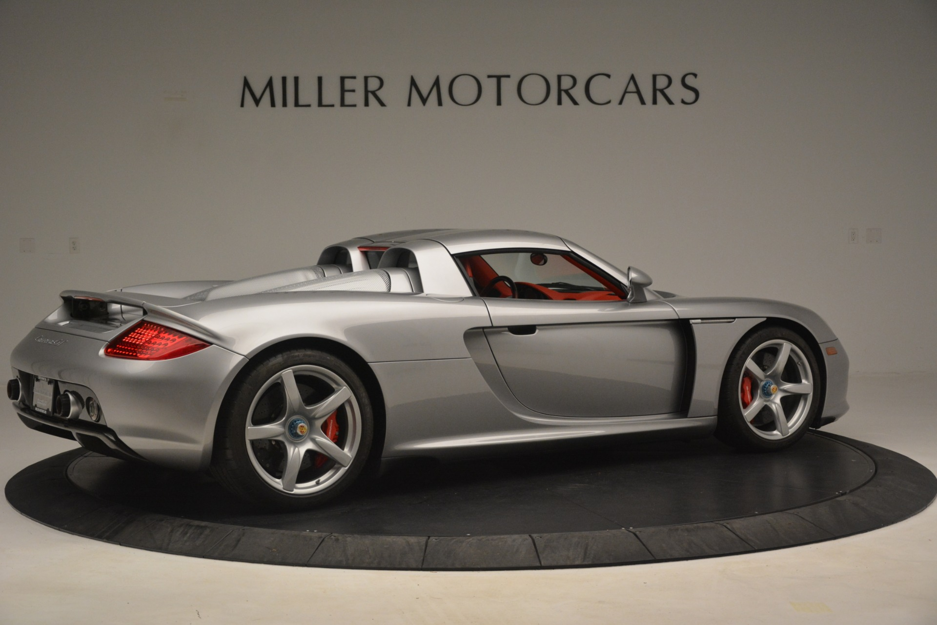 Used 2005 Porsche Carrera GT  For Sale In Westport, CT 3161_p19