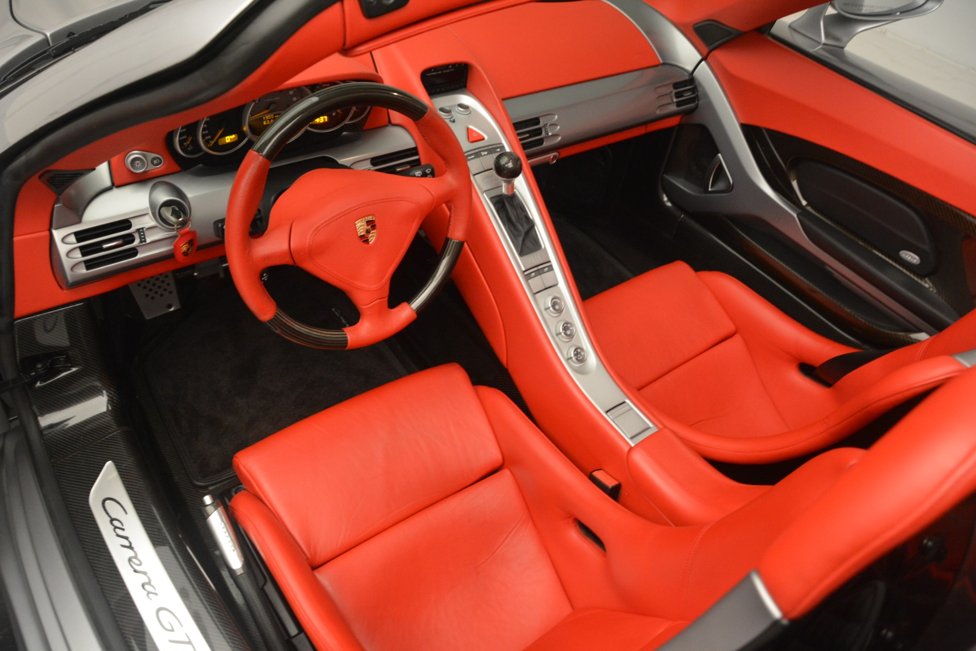 Used 2005 Porsche Carrera GT  For Sale In Westport, CT 3161_p23