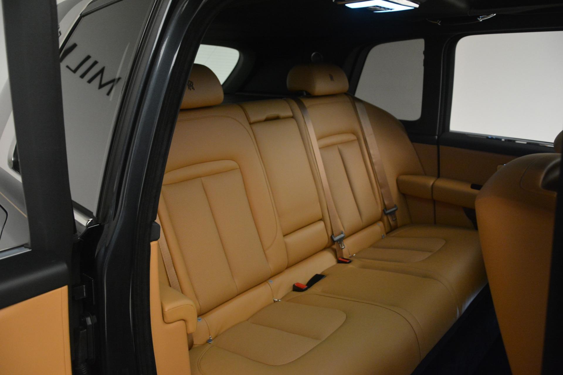 Used 2019 Rolls-Royce Cullinan  For Sale In Westport, CT 3162_p33