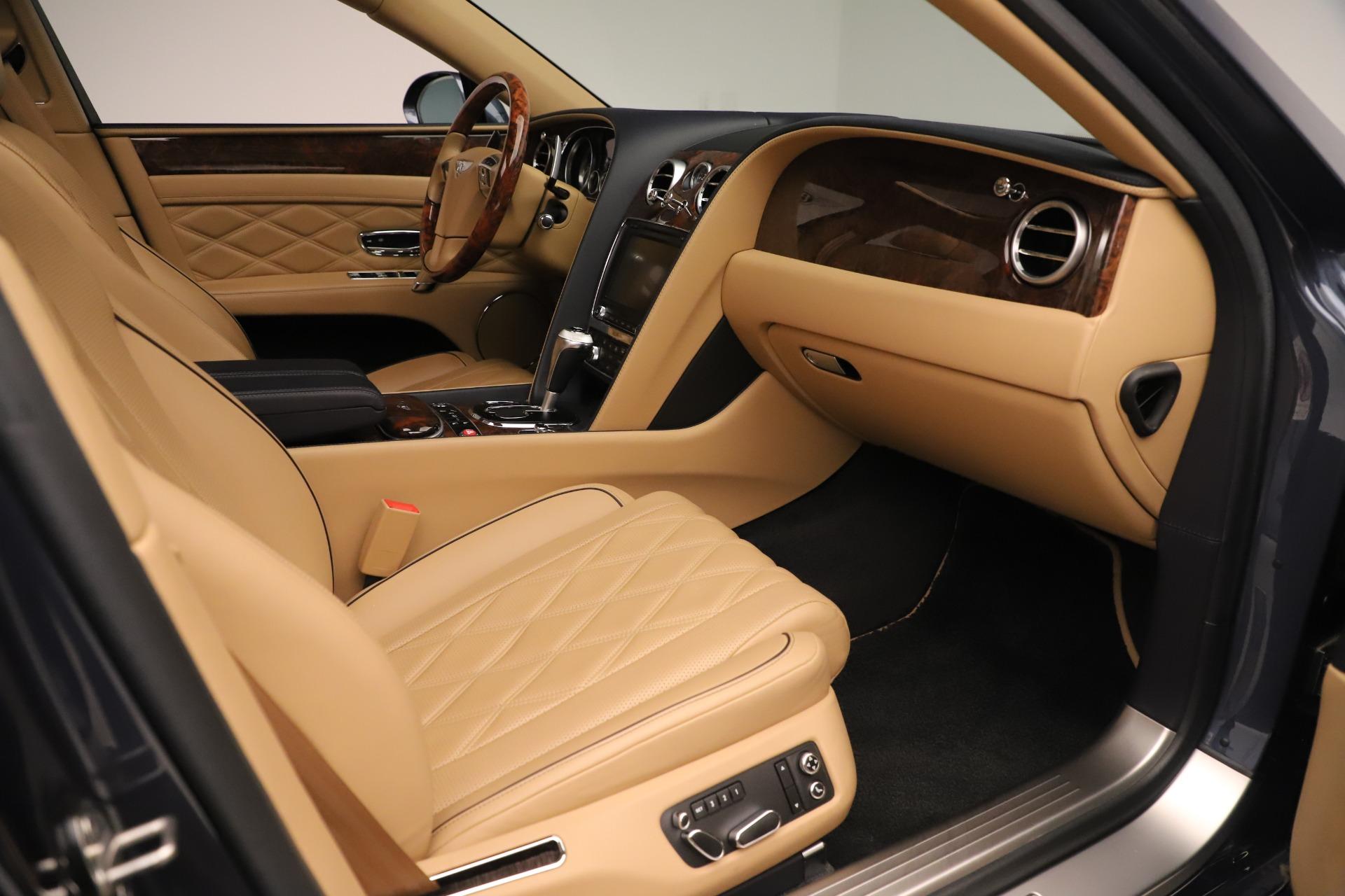 Used 2016 Bentley Flying Spur W12 For Sale In Westport, CT 3171_p26