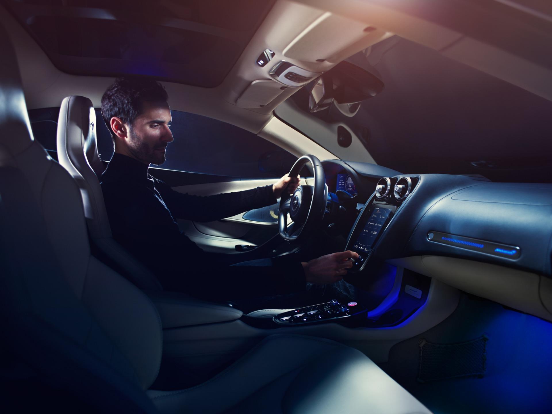 New 2020 McLaren GT Coupe For Sale In Westport, CT 3172_p14