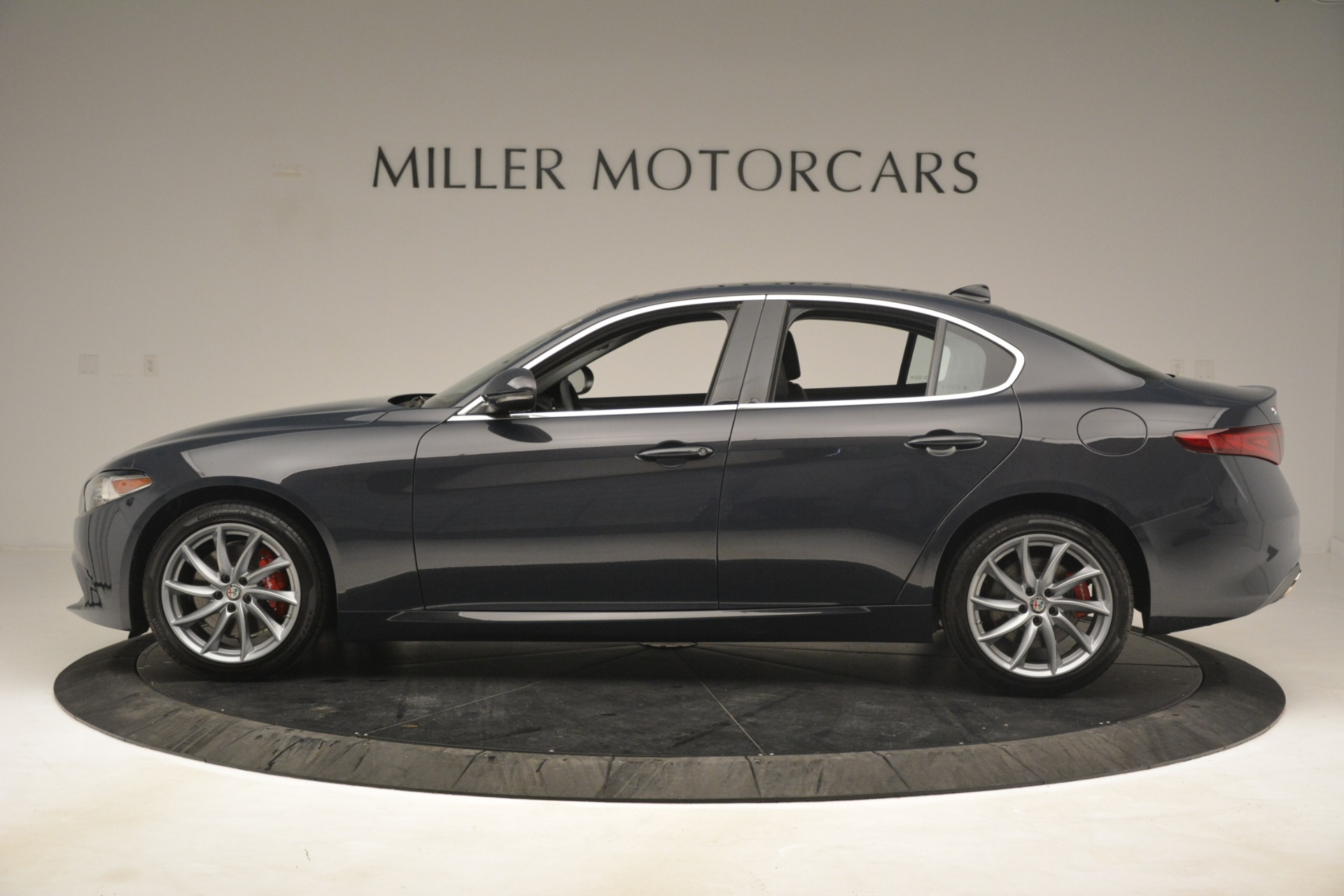 New 2019 Alfa Romeo Giulia Q4 For Sale In Westport, CT 3174_p3