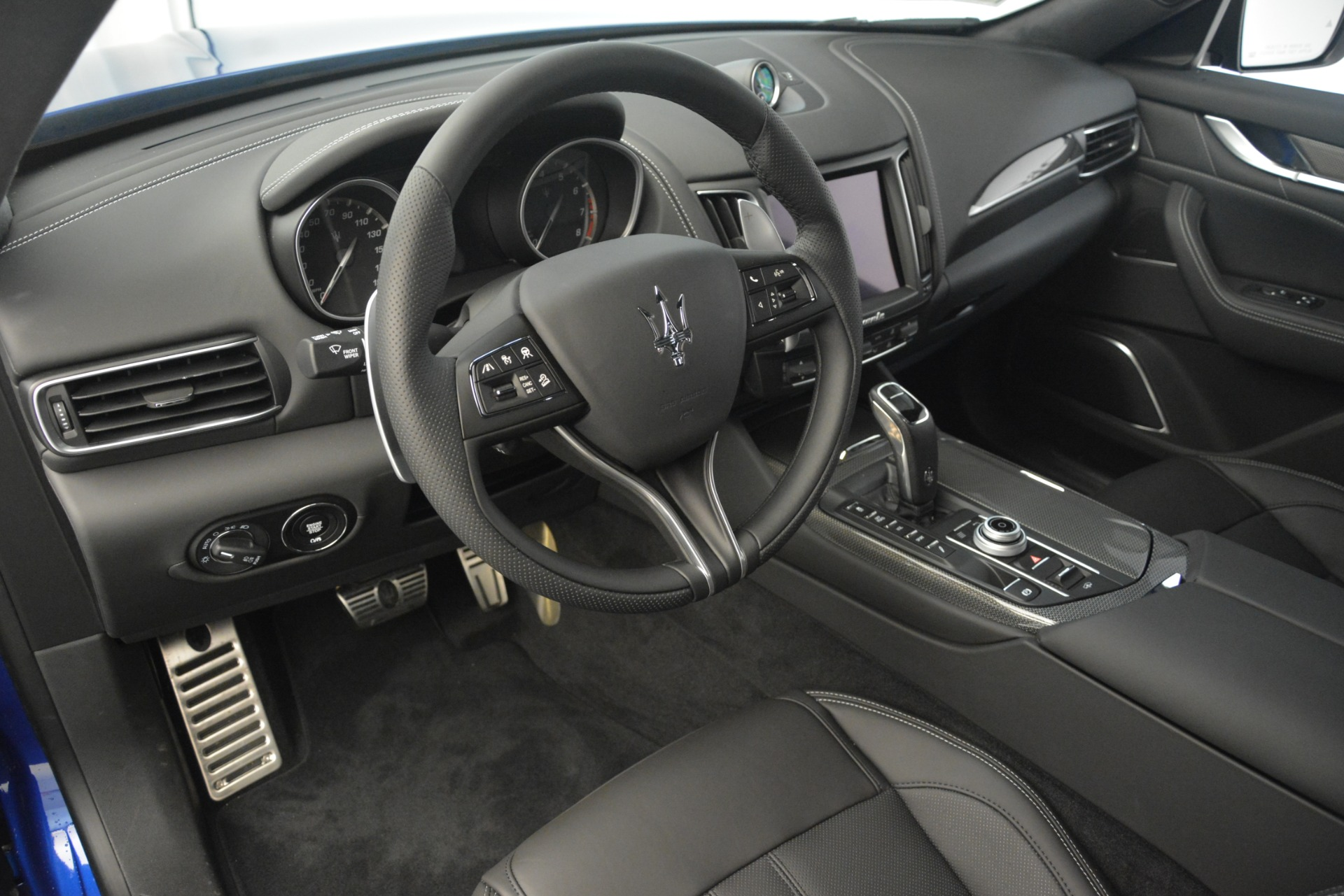 New 2019 Maserati Levante SQ4 GranSport Nerissimo For Sale In Westport, CT 3179_p13