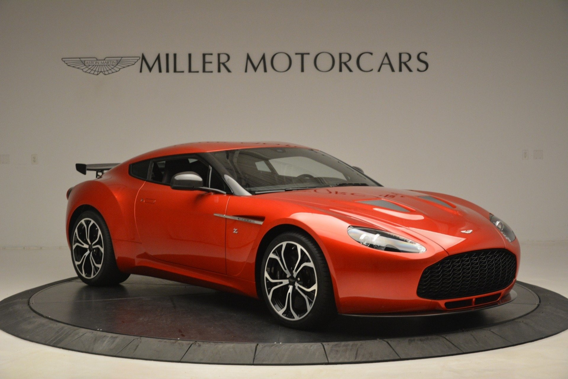 Used 2013 Aston Martin V12 Zagato Coupe For Sale In Westport, CT 3181_p10