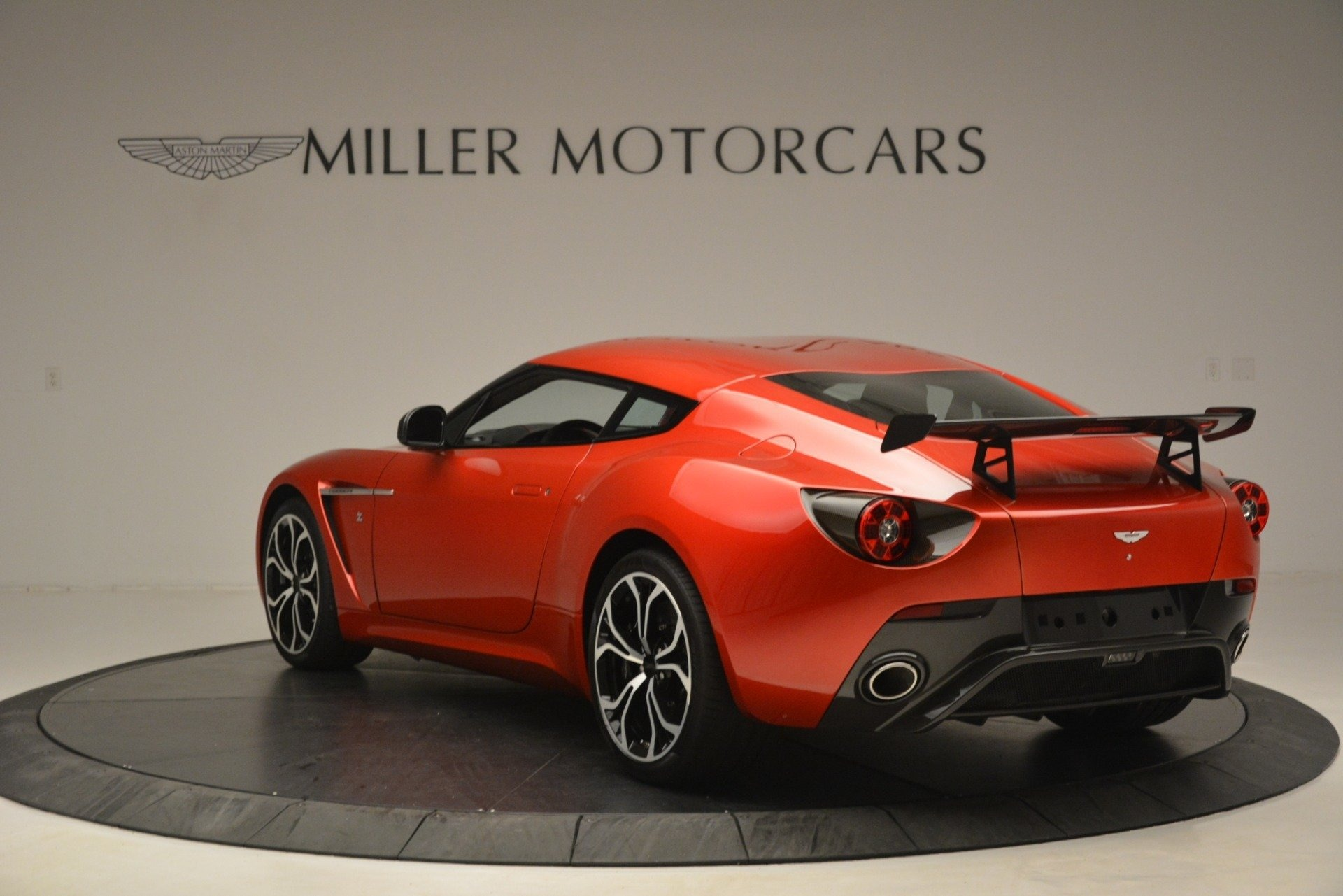 Used 2013 Aston Martin V12 Zagato Coupe For Sale In Westport, CT 3181_p4