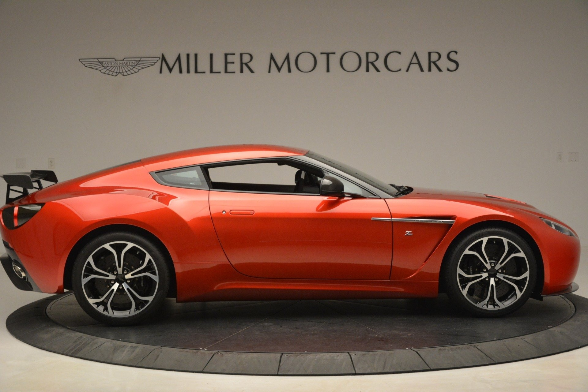 Used 2013 Aston Martin V12 Zagato Coupe For Sale In Westport, CT 3181_p7
