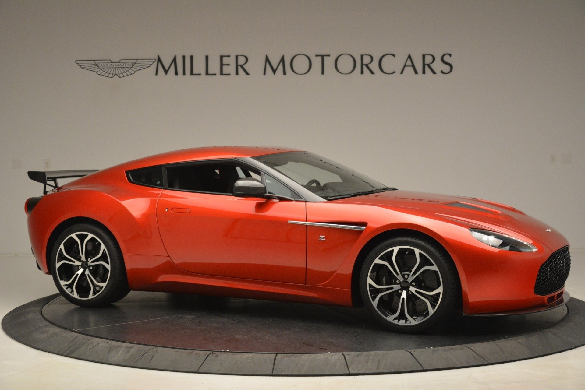 Used 2013 Aston Martin V12 Zagato Coupe For Sale In Westport, CT 3181_p9