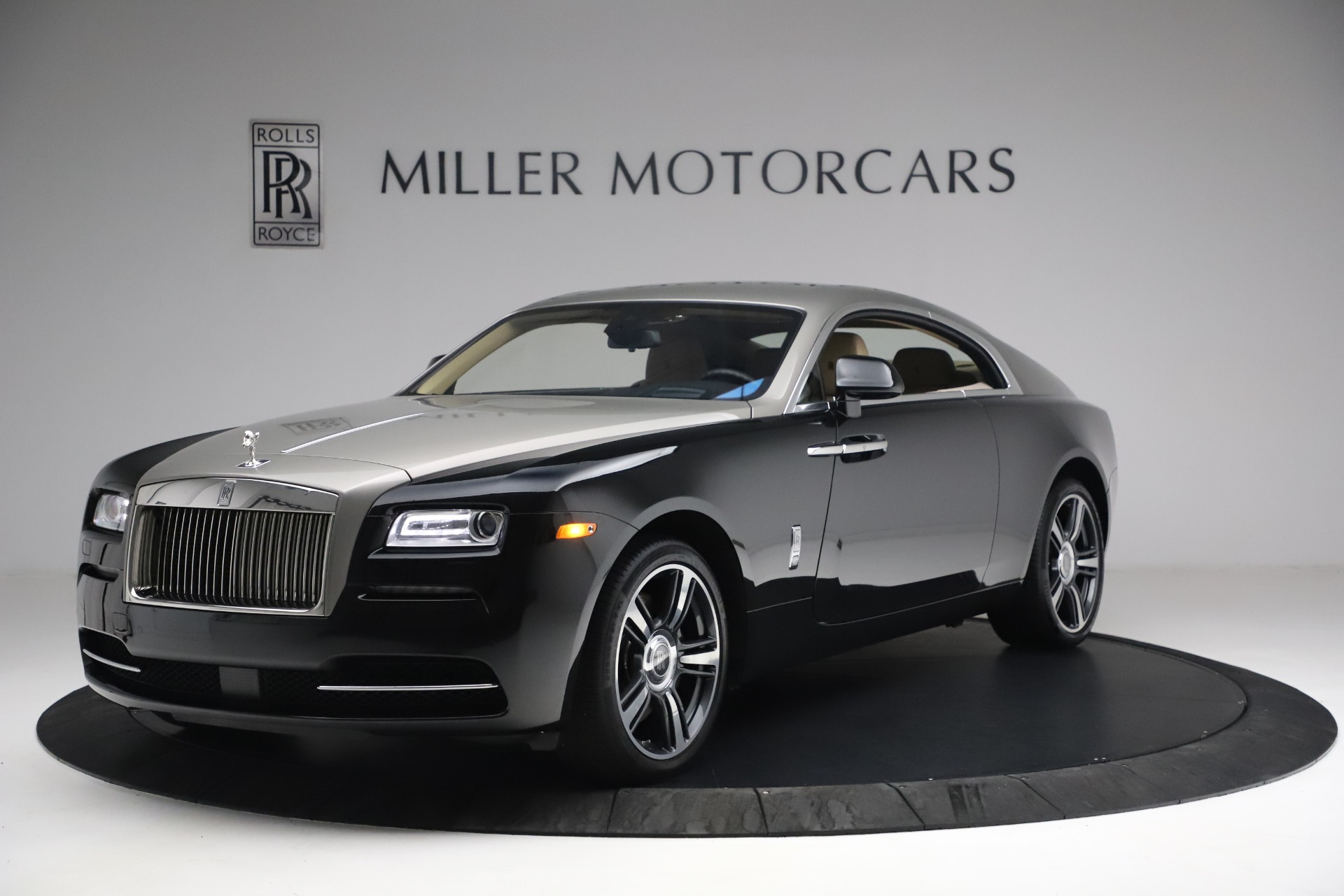 Used 2015 Rolls-Royce Wraith  For Sale In Westport, CT 3184_p4