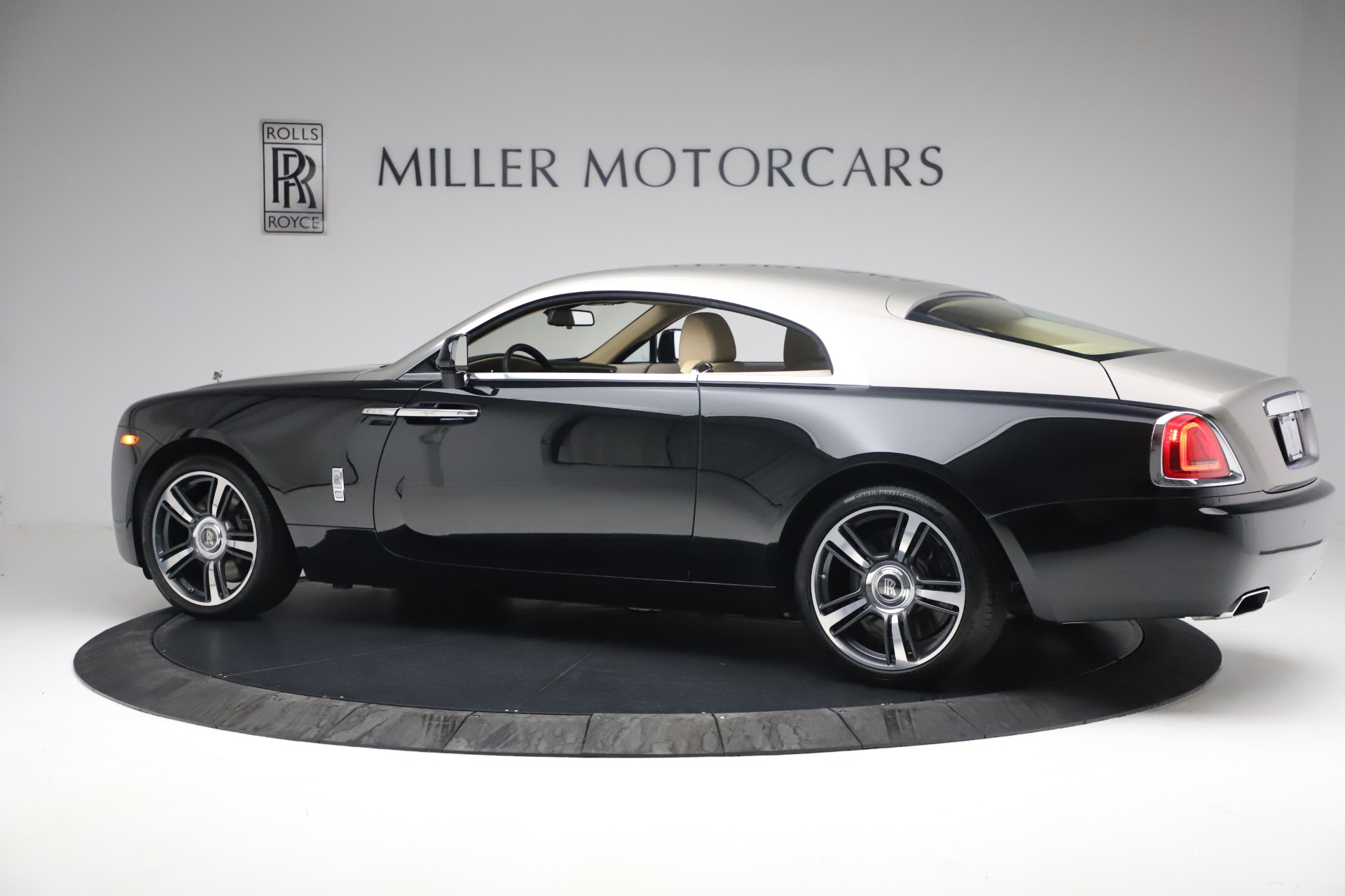 Used 2015 Rolls-Royce Wraith  For Sale In Westport, CT 3184_p6