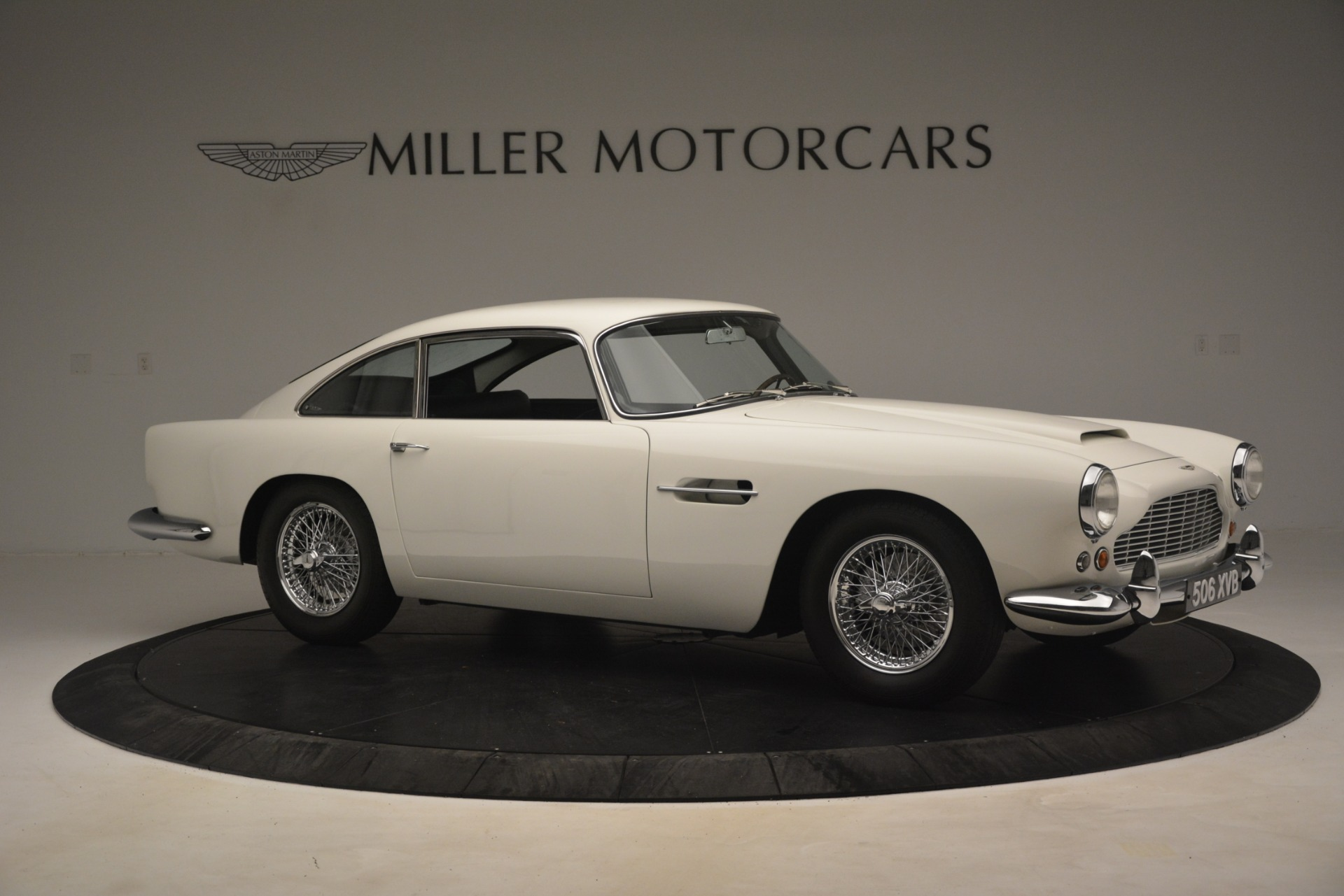 Used 1961 Aston Martin DB4 Series IV Coupe For Sale In Westport, CT 3186_p10