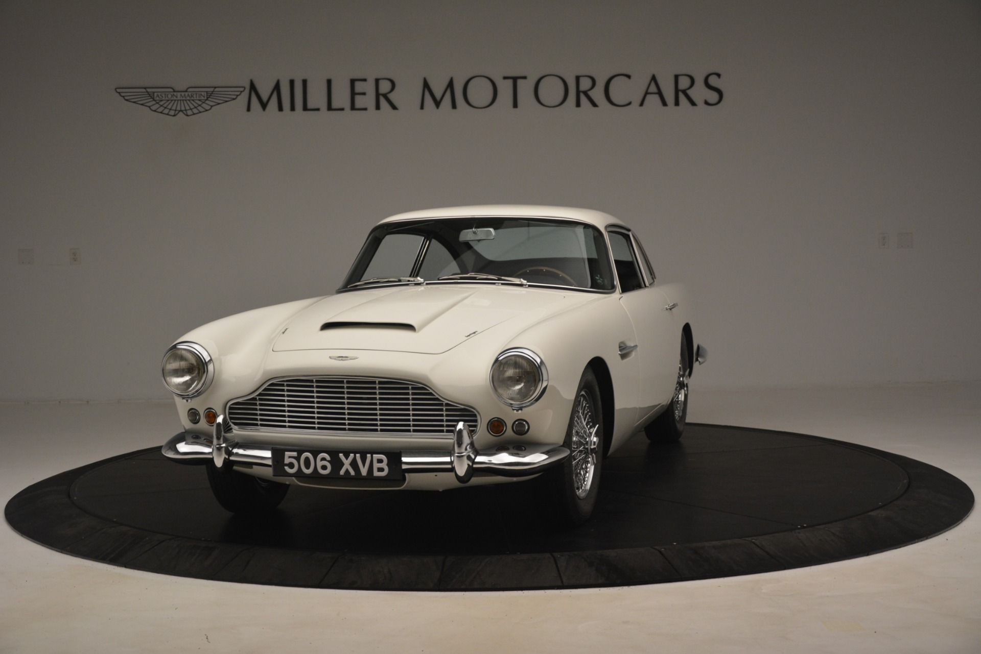 Used 1961 Aston Martin DB4 Series IV Coupe For Sale In Westport, CT 3186_p2
