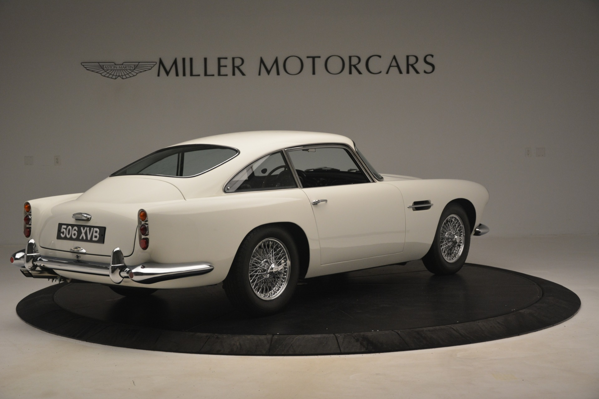 Used 1961 Aston Martin DB4 Series IV Coupe For Sale In Westport, CT 3186_p8