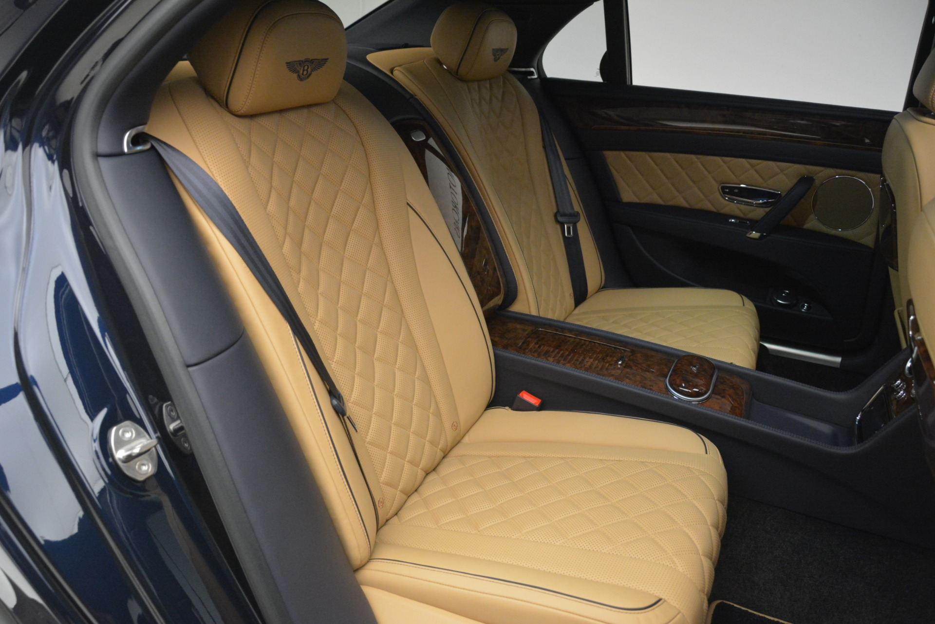 Used 2017 Bentley Flying Spur V8 S For Sale In Westport, CT 3187_p24