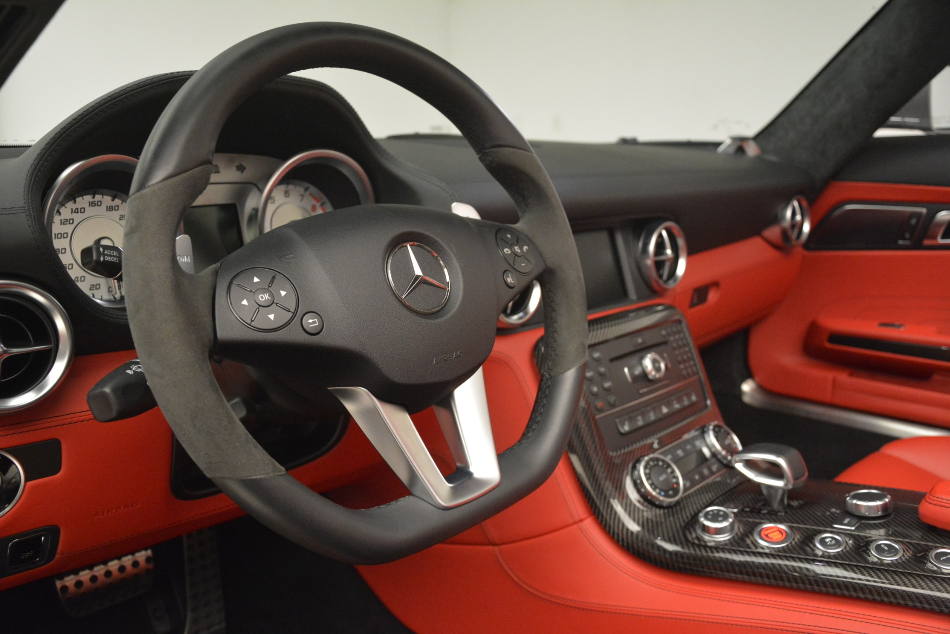 Used 2012 Mercedes-Benz SLS AMG  For Sale In Westport, CT 3189_p28