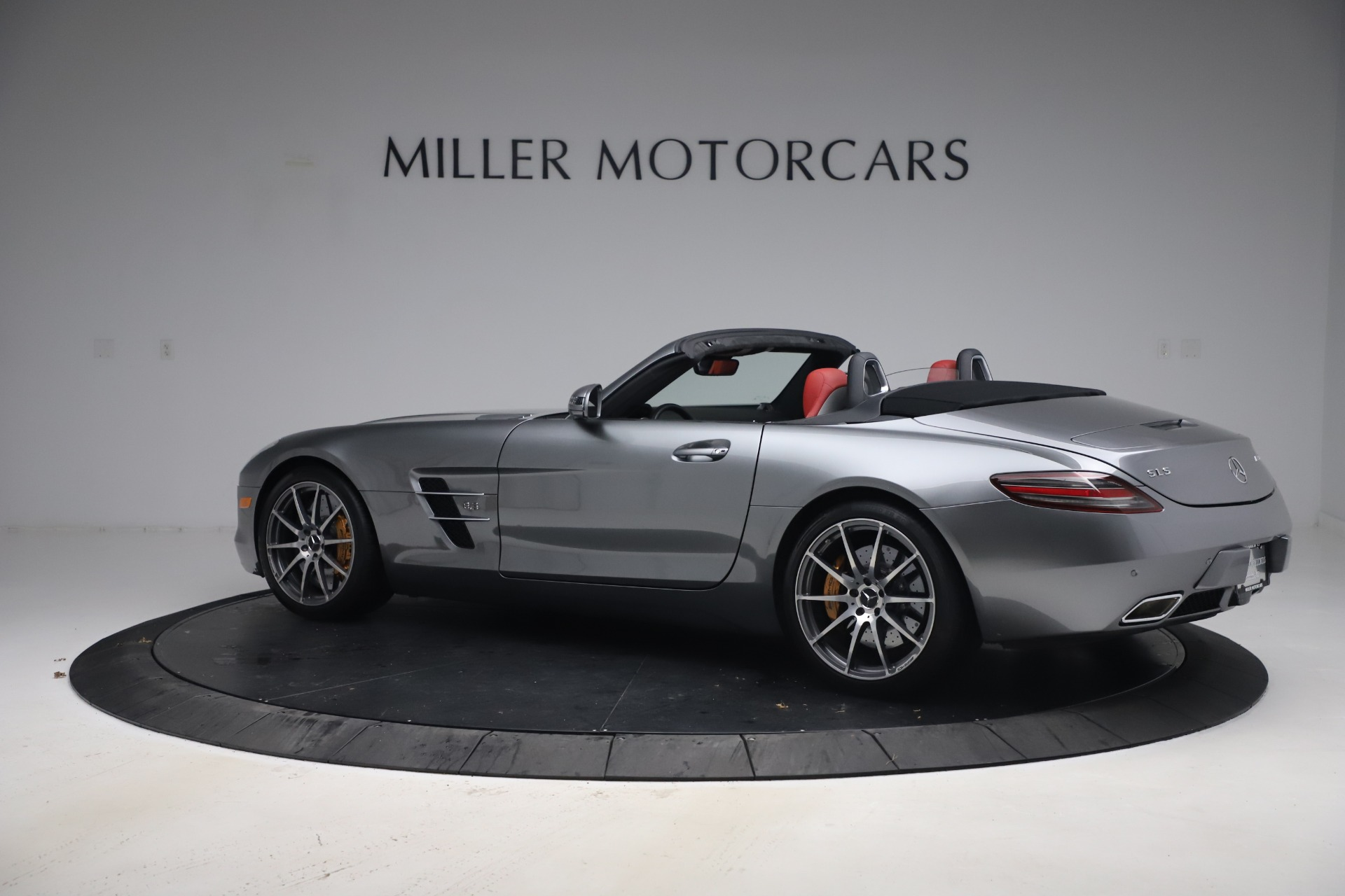 Used 2012 Mercedes-Benz SLS AMG  For Sale In Westport, CT 3189_p5
