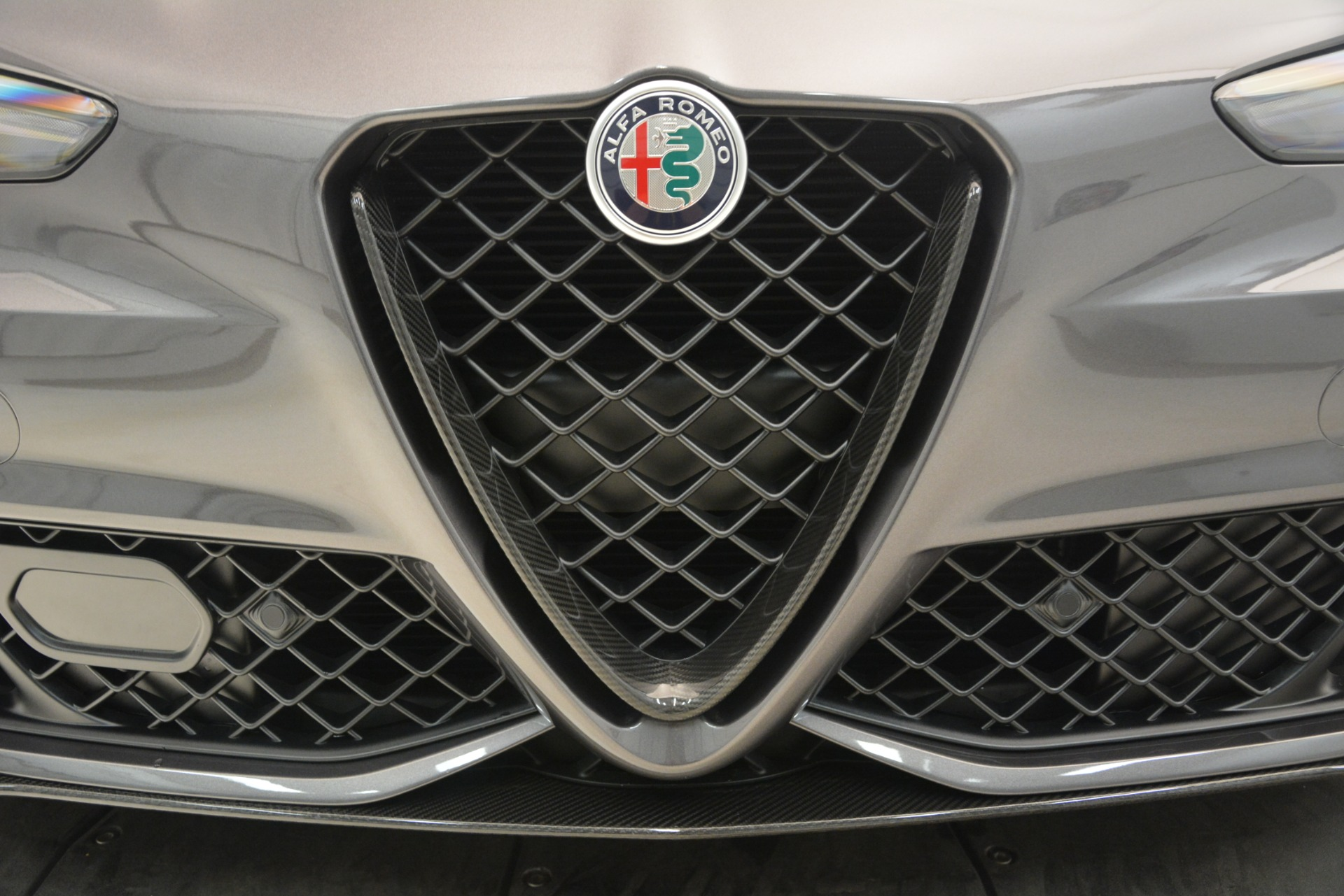 New 2019 Alfa Romeo Giulia Quadrifoglio For Sale In Westport, CT 3193_p33