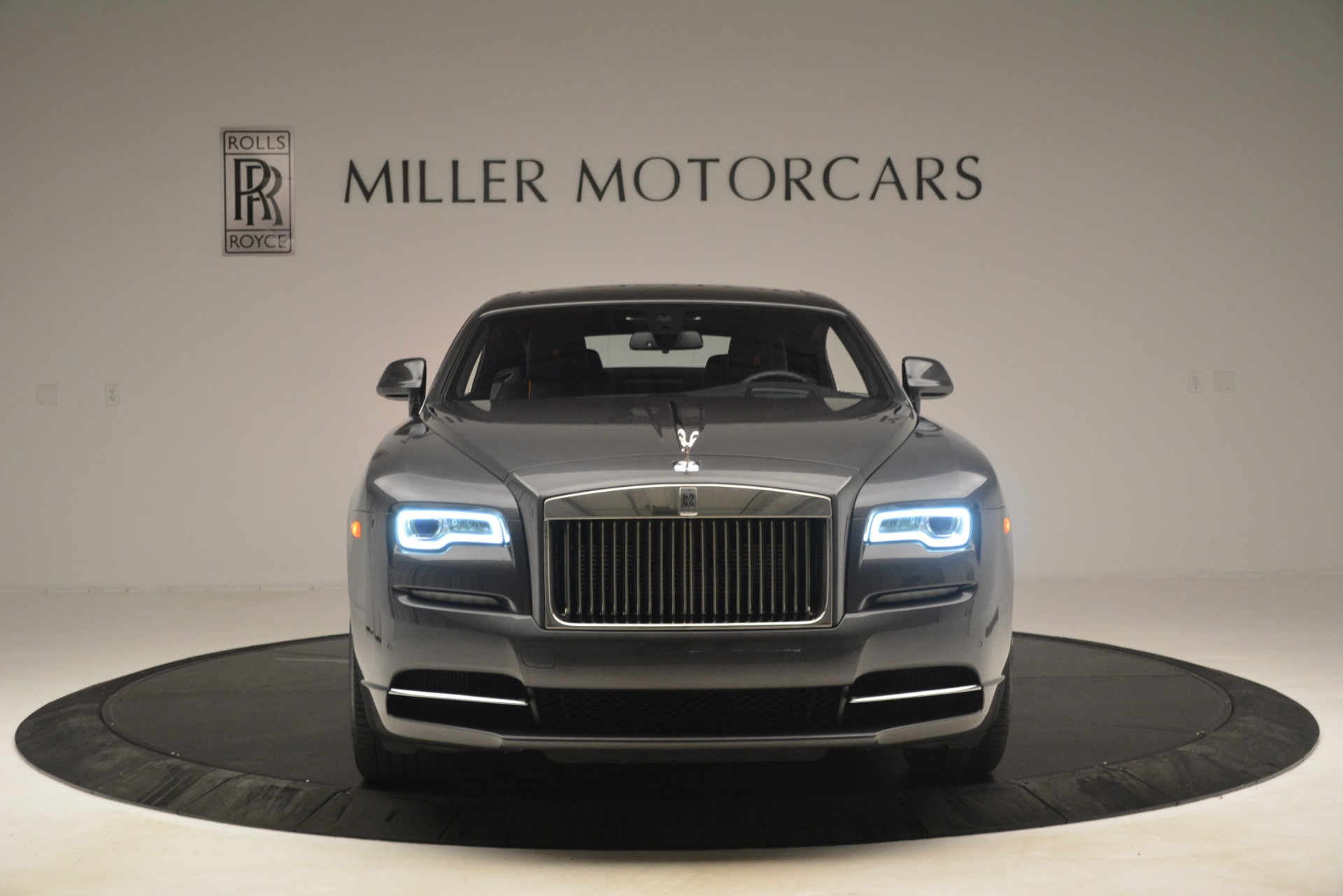 Used 2018 Rolls-Royce Wraith  For Sale In Westport, CT 3196_p2