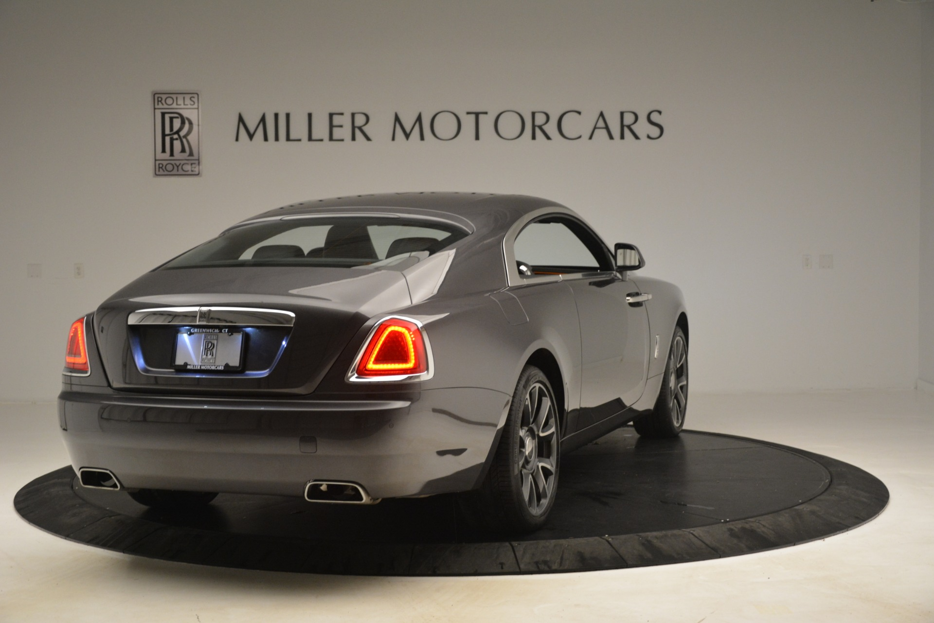 Used 2018 Rolls-Royce Wraith  For Sale In Westport, CT 3196_p8
