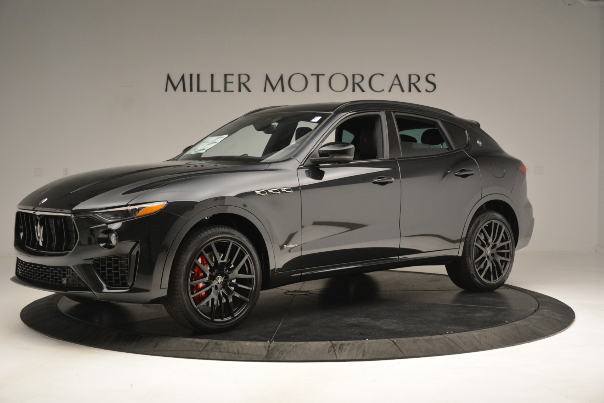 New 2019 Maserati Levante SQ4 GranSport Nerissimo For Sale In Westport, CT 3199_p2