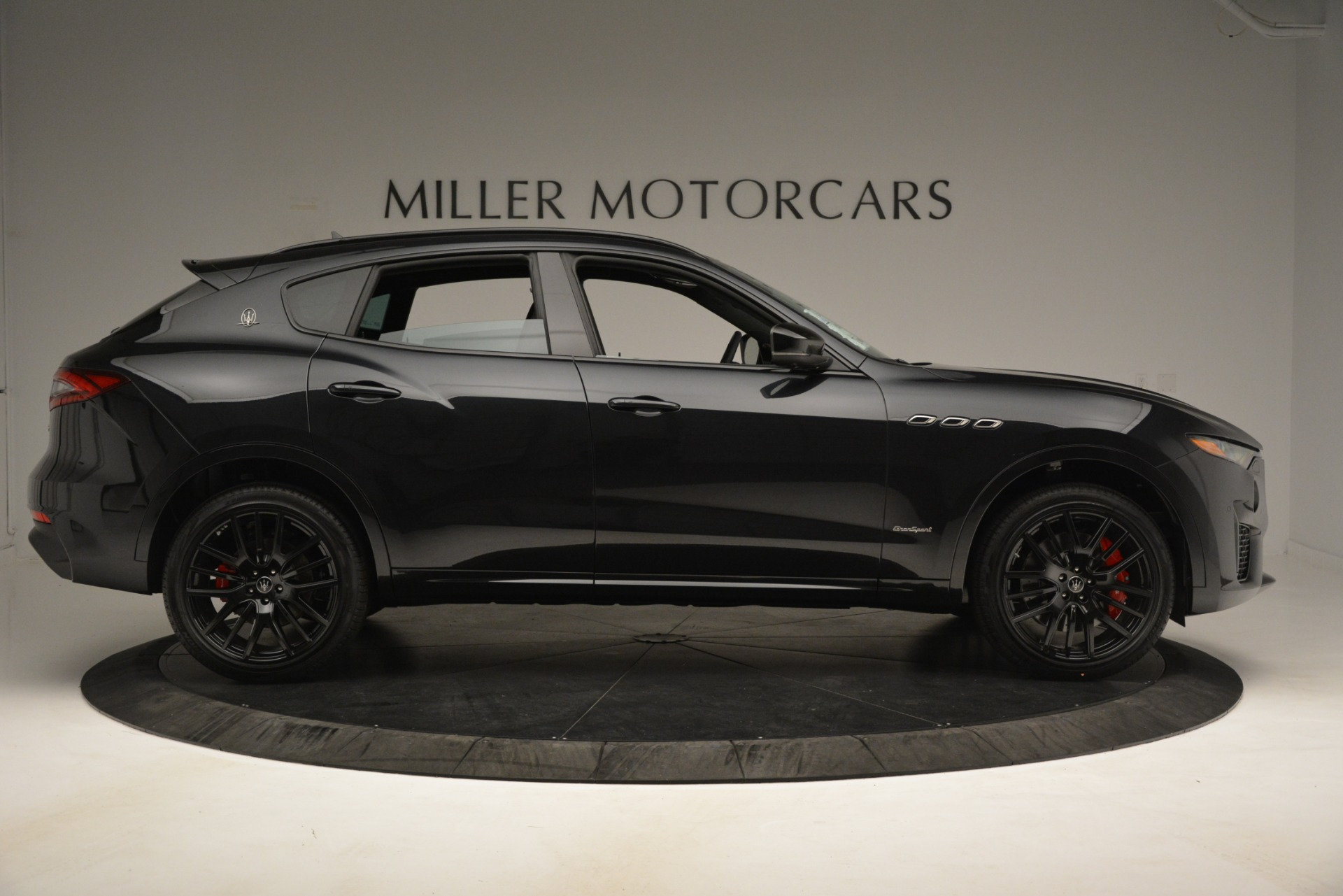 New 2019 Maserati Levante SQ4 GranSport Nerissimo For Sale In Westport, CT 3199_p9