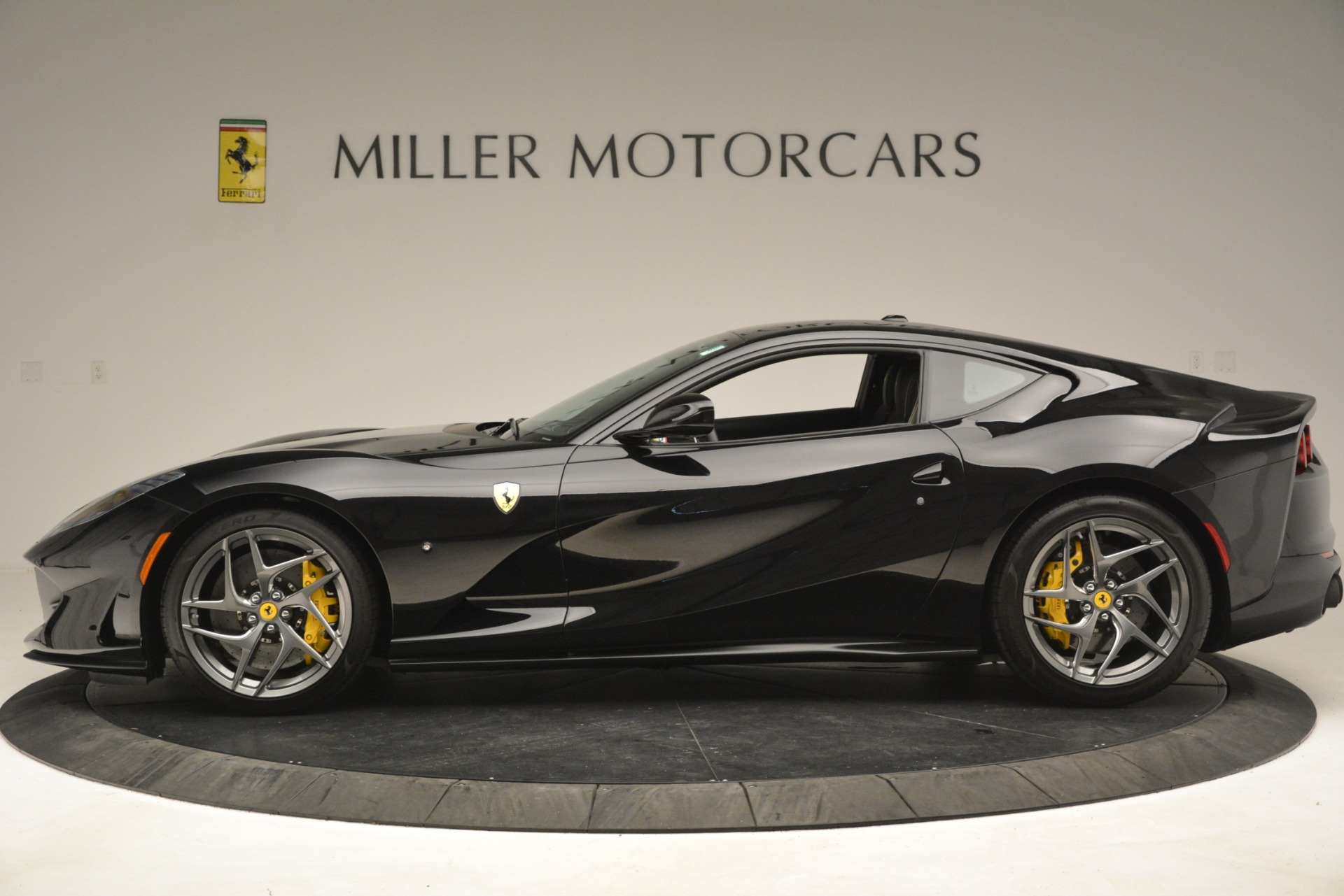 Used 2019 Ferrari 812 Superfast  For Sale In Westport, CT 3200_p3