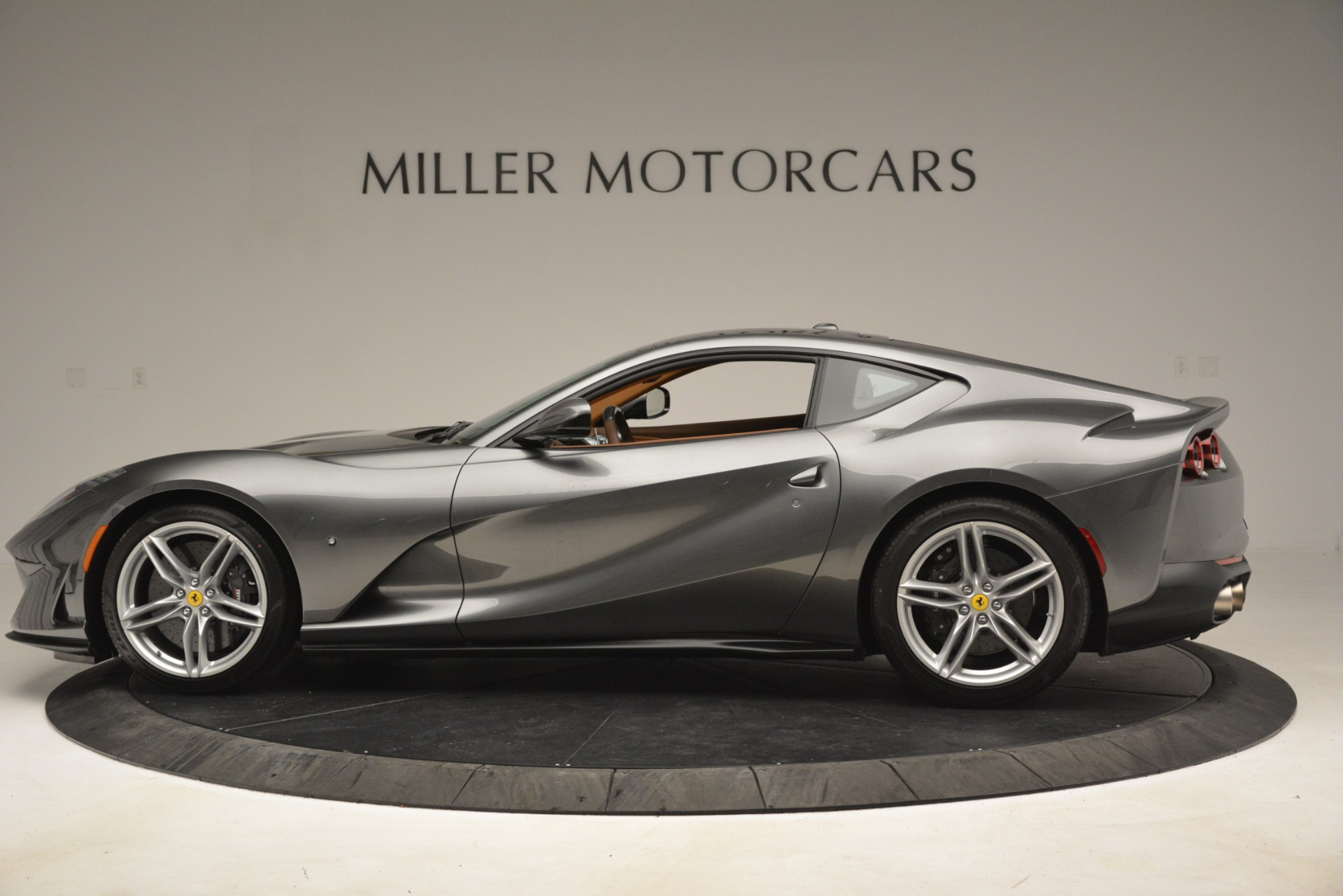 Used 2018 Ferrari 812 Superfast  For Sale In Westport, CT 3202_p3