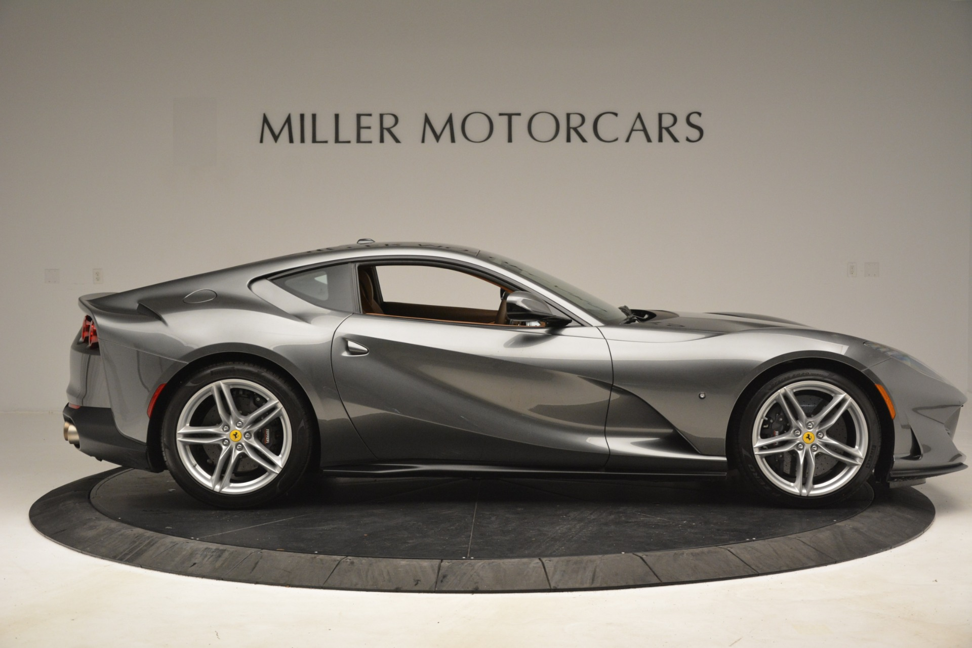 Used 2018 Ferrari 812 Superfast  For Sale In Westport, CT 3202_p9