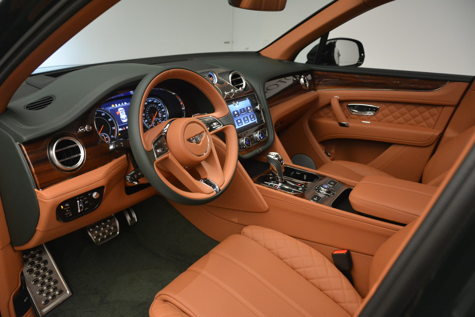 New 2019 Bentley Bentayga V8 For Sale In Westport, CT 3203_p19