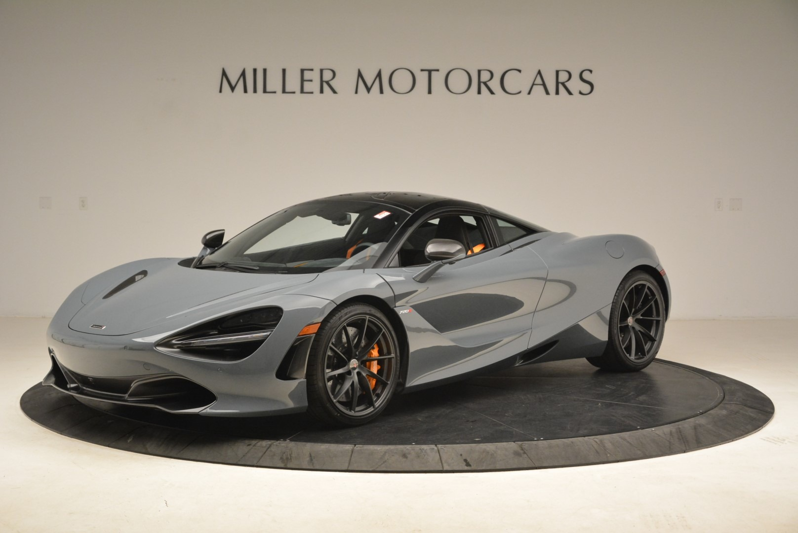 Used 2018 McLaren 720S Coupe For Sale In Westport, CT 3205_main