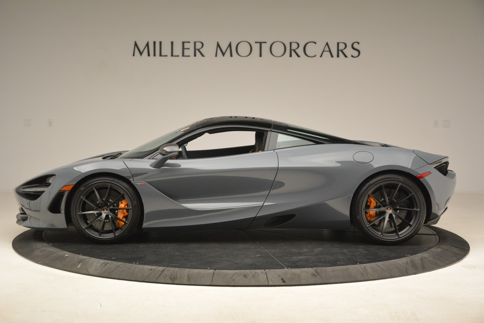 Used 2018 McLaren 720S Coupe For Sale In Westport, CT 3205_p3