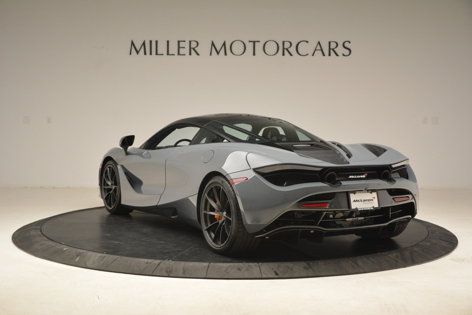 Used 2018 McLaren 720S Coupe For Sale In Westport, CT 3205_p5