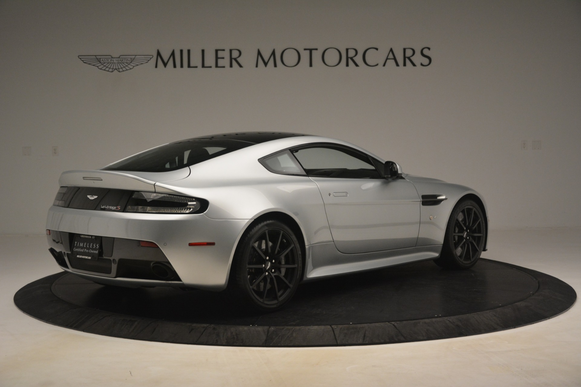 Used 2015 Aston Martin V12 Vantage S Coupe For Sale In Westport, CT 3206_p8