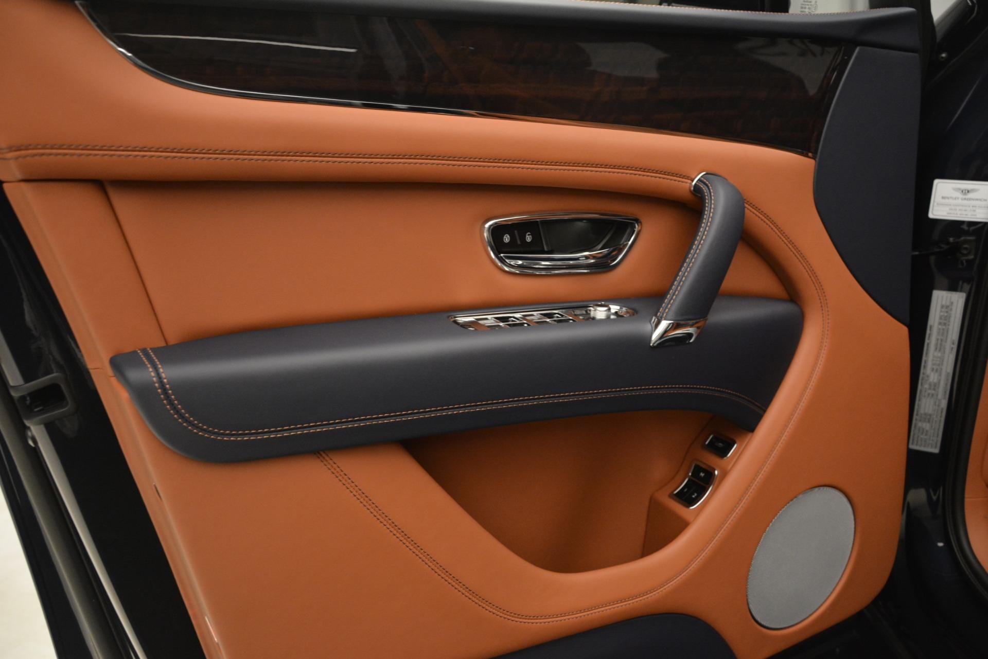 New 2019 Bentley Bentayga V8 For Sale In Westport, CT 3207_p17