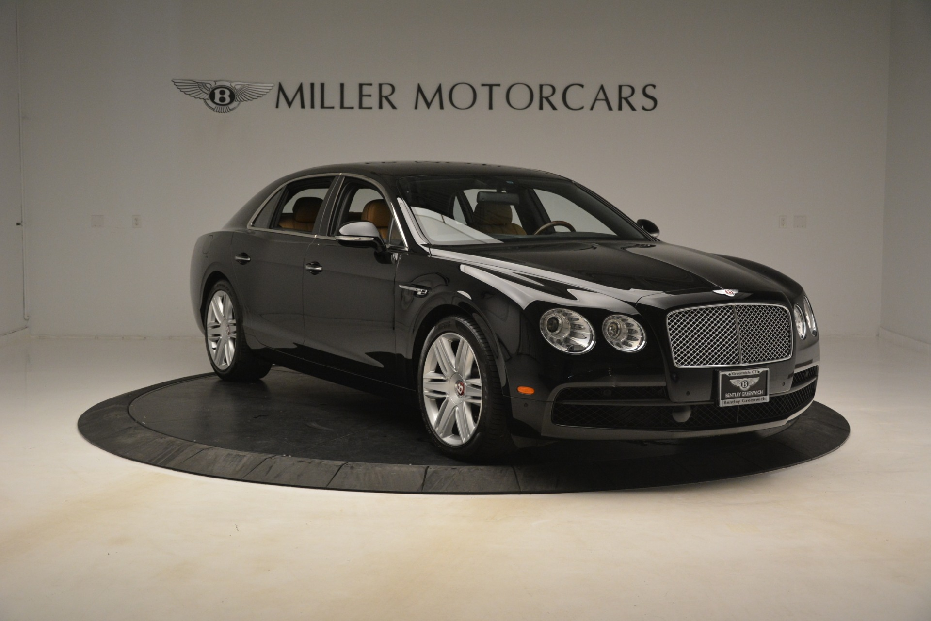 Used 2016 Bentley Flying Spur V8 For Sale In Westport, CT 3210_p12