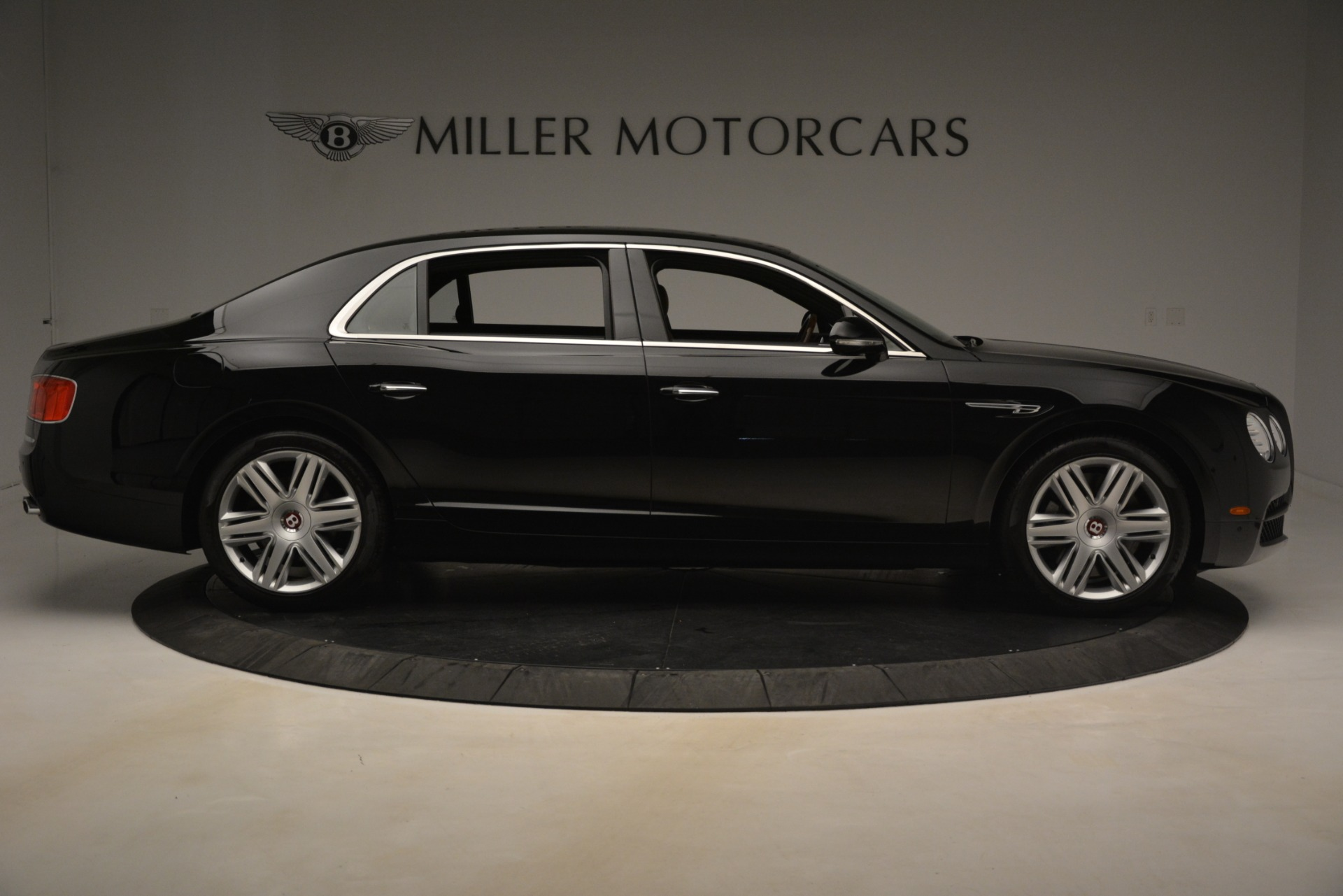 Used 2016 Bentley Flying Spur V8 For Sale In Westport, CT 3210_p9