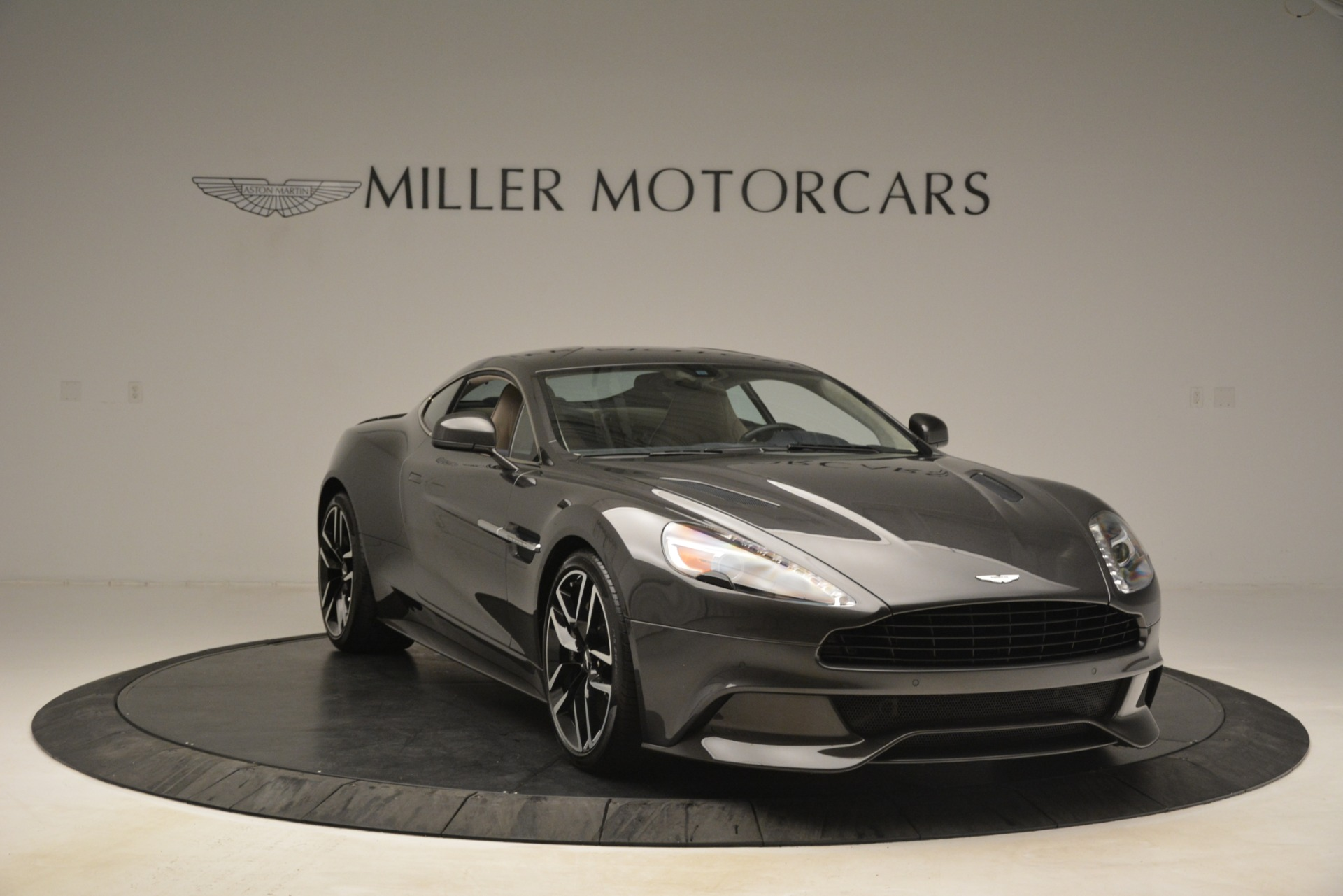 Used 2016 Aston Martin Vanquish Coupe For Sale In Westport, CT 3215_p11