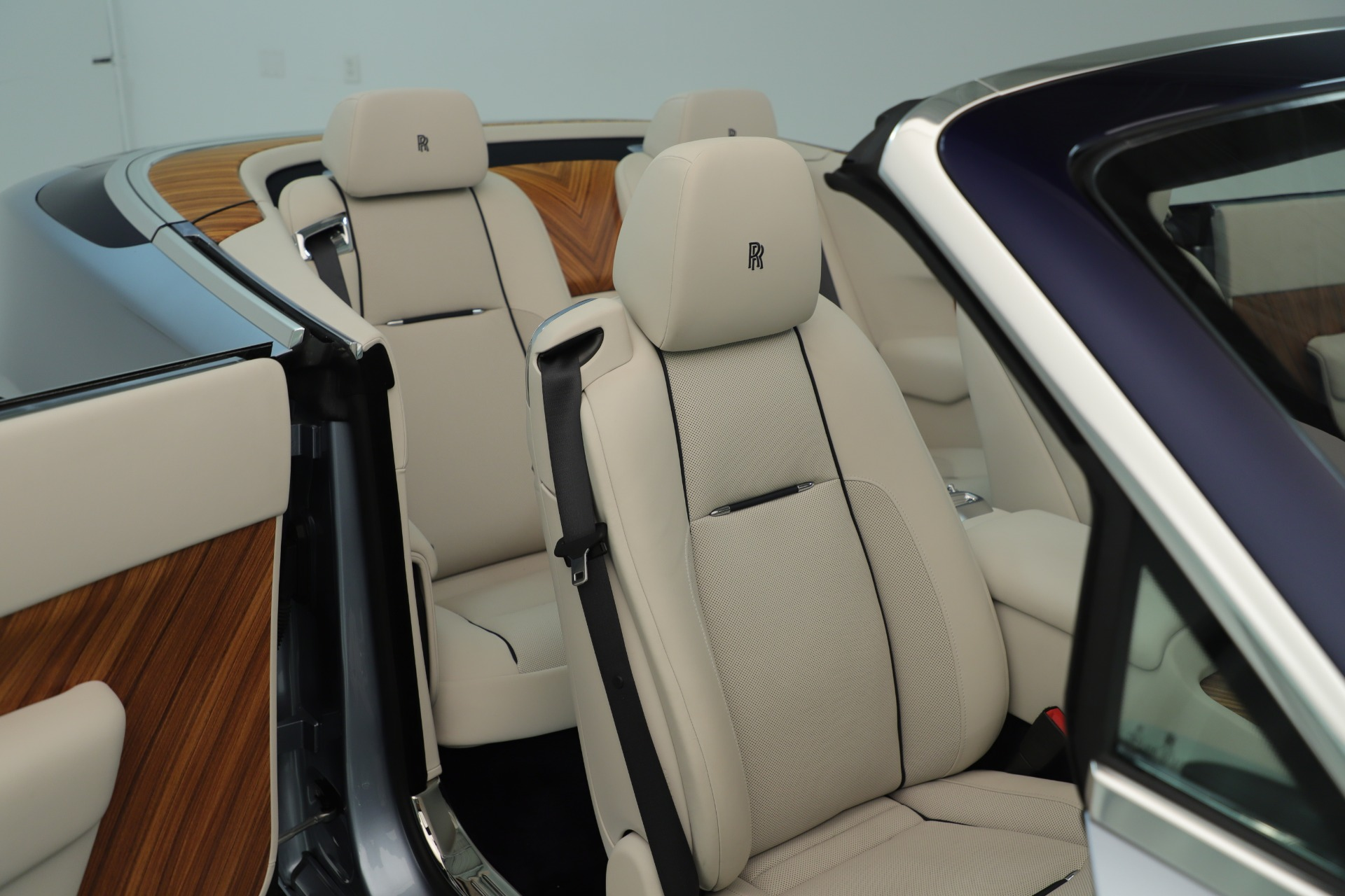 Used 2016 Rolls-Royce Dawn  For Sale In Westport, CT 3217_p34
