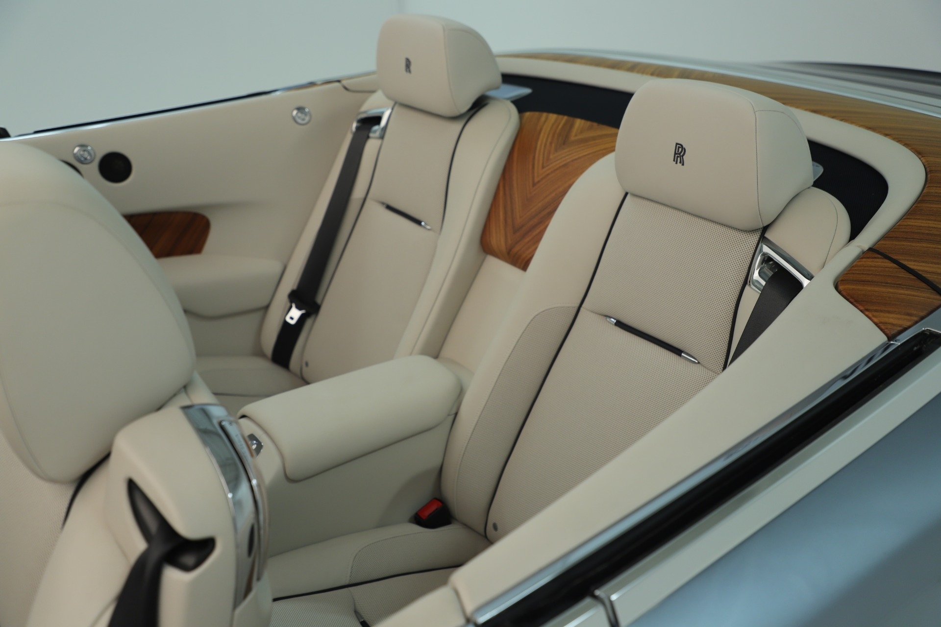 Used 2016 Rolls-Royce Dawn  For Sale In Westport, CT 3217_p37