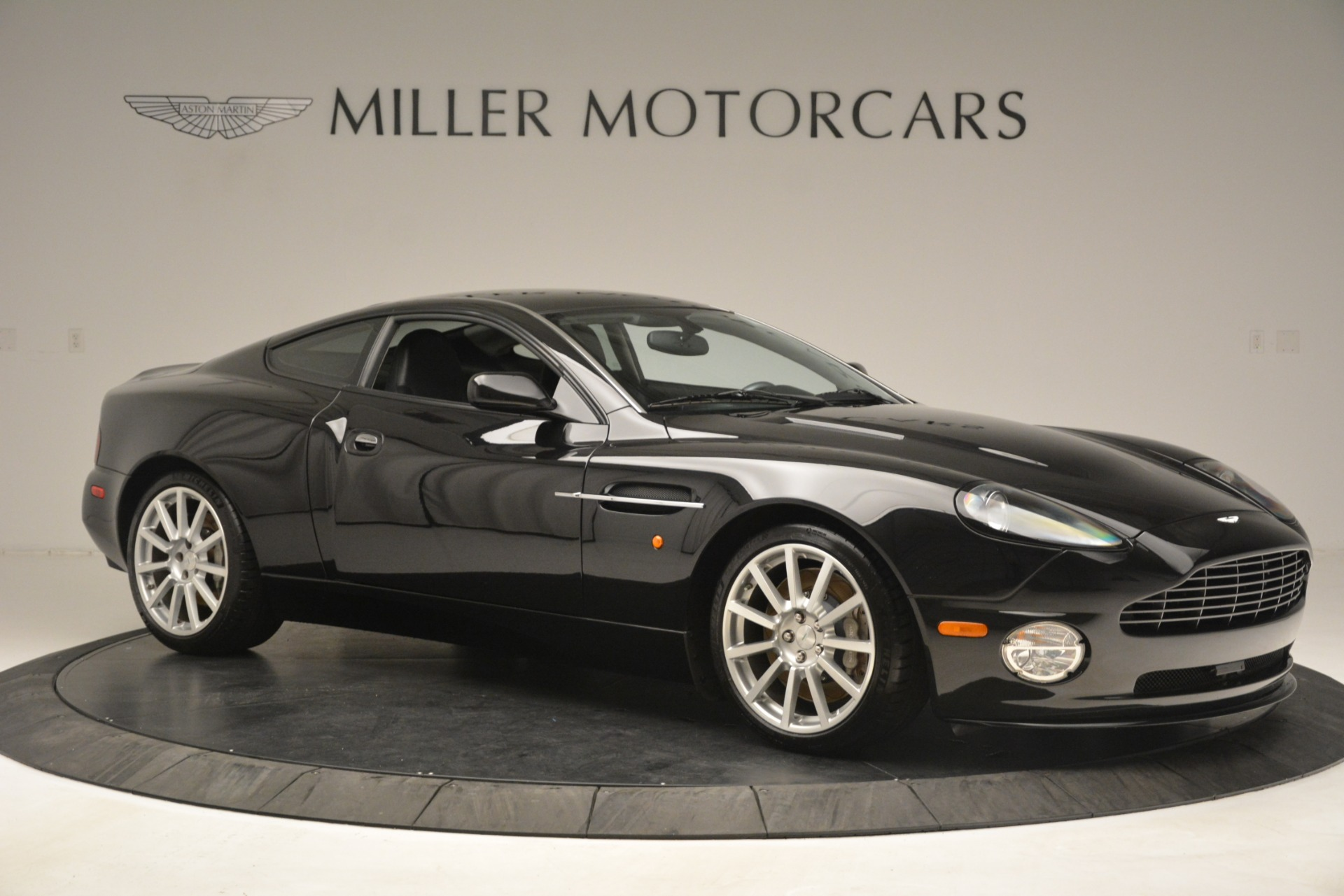 Used 2005 Aston Martin V12 Vanquish S For Sale In Westport, CT 3218_p10