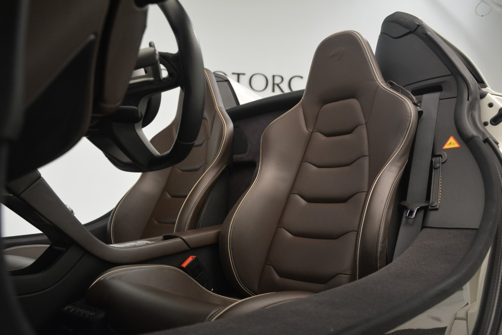 Used 2015 McLaren 650S Spider Convertible For Sale In Westport, CT 3219_p20