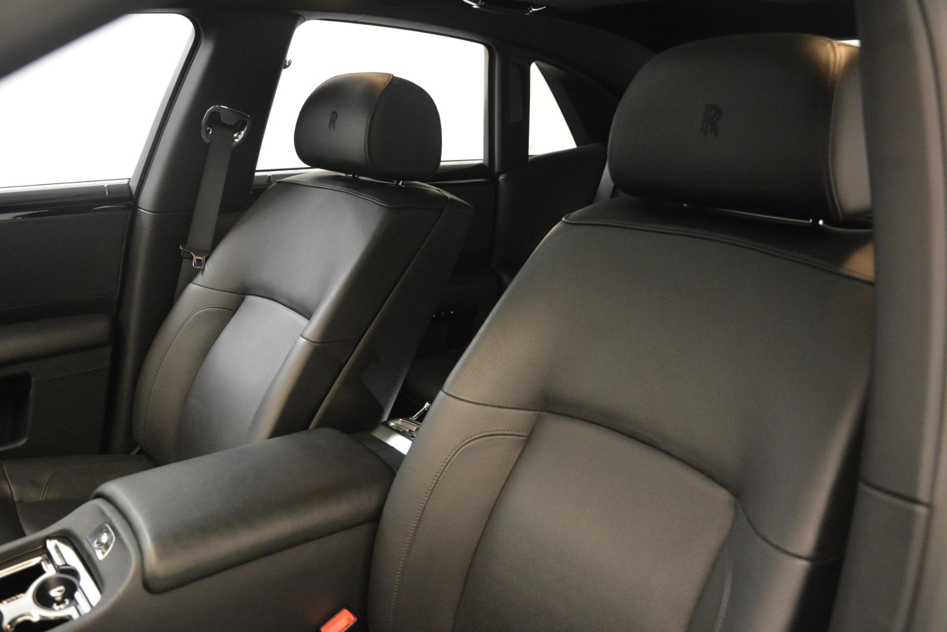 Used 2014 Rolls-Royce Ghost  For Sale In Westport, CT 3220_p15
