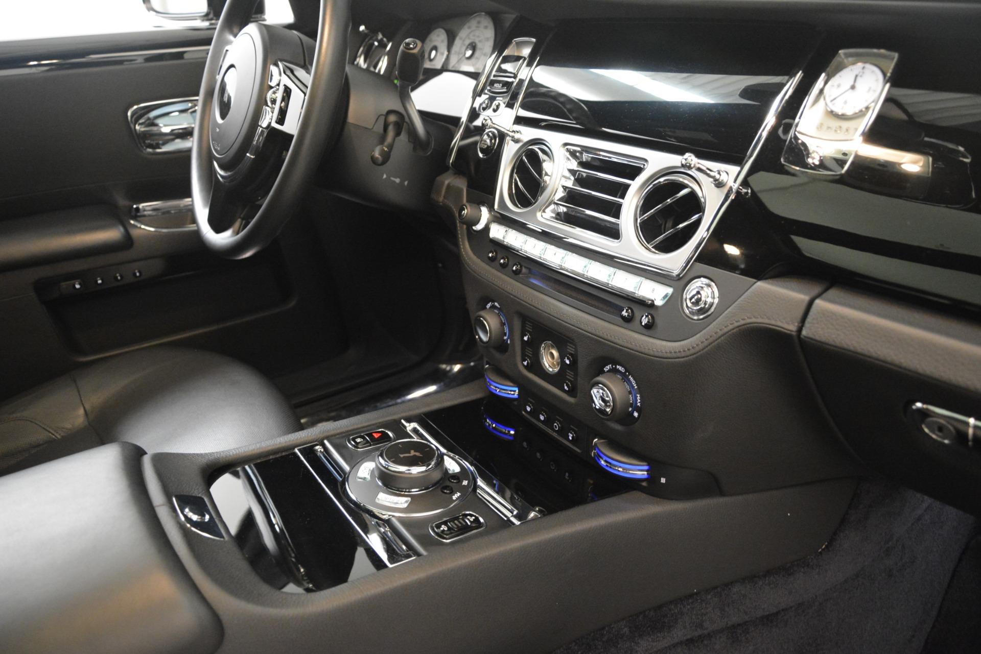 Used 2014 Rolls-Royce Ghost  For Sale In Westport, CT 3220_p21