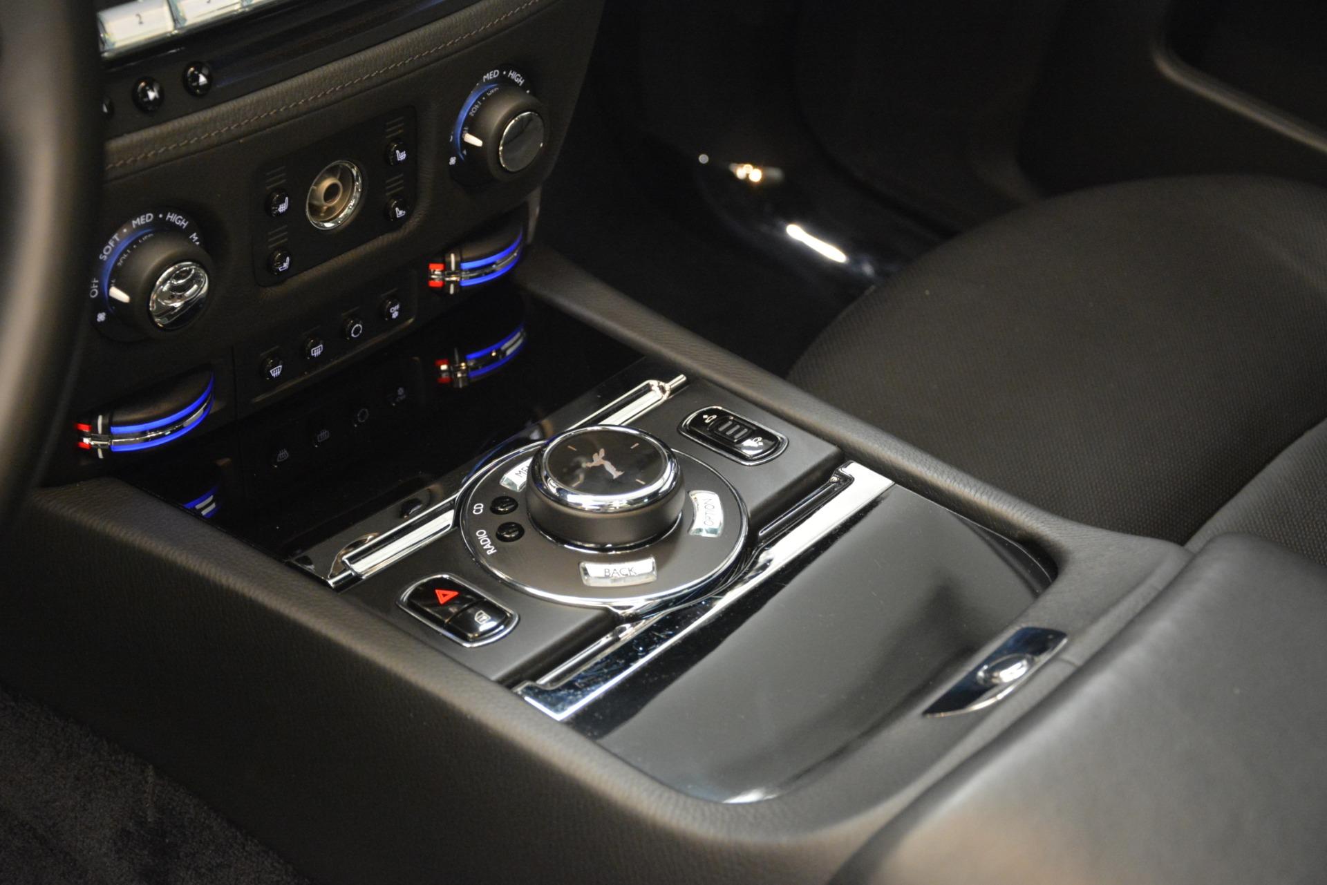 Used 2014 Rolls-Royce Ghost  For Sale In Westport, CT 3220_p23