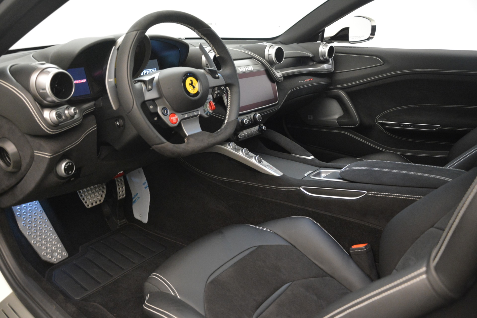 Used 2018 Ferrari GTC4Lusso  For Sale In Westport, CT 3221_p13