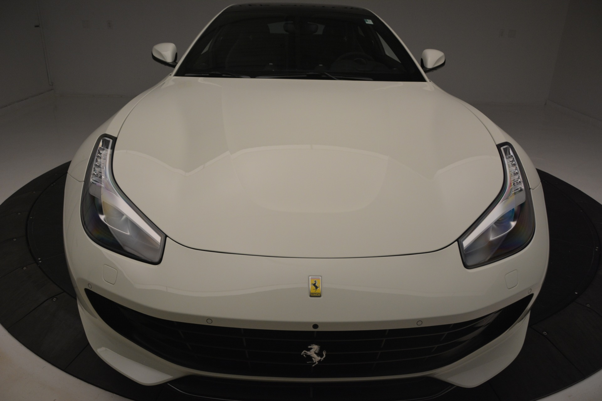 Used 2018 Ferrari GTC4Lusso  For Sale In Westport, CT 3221_p27