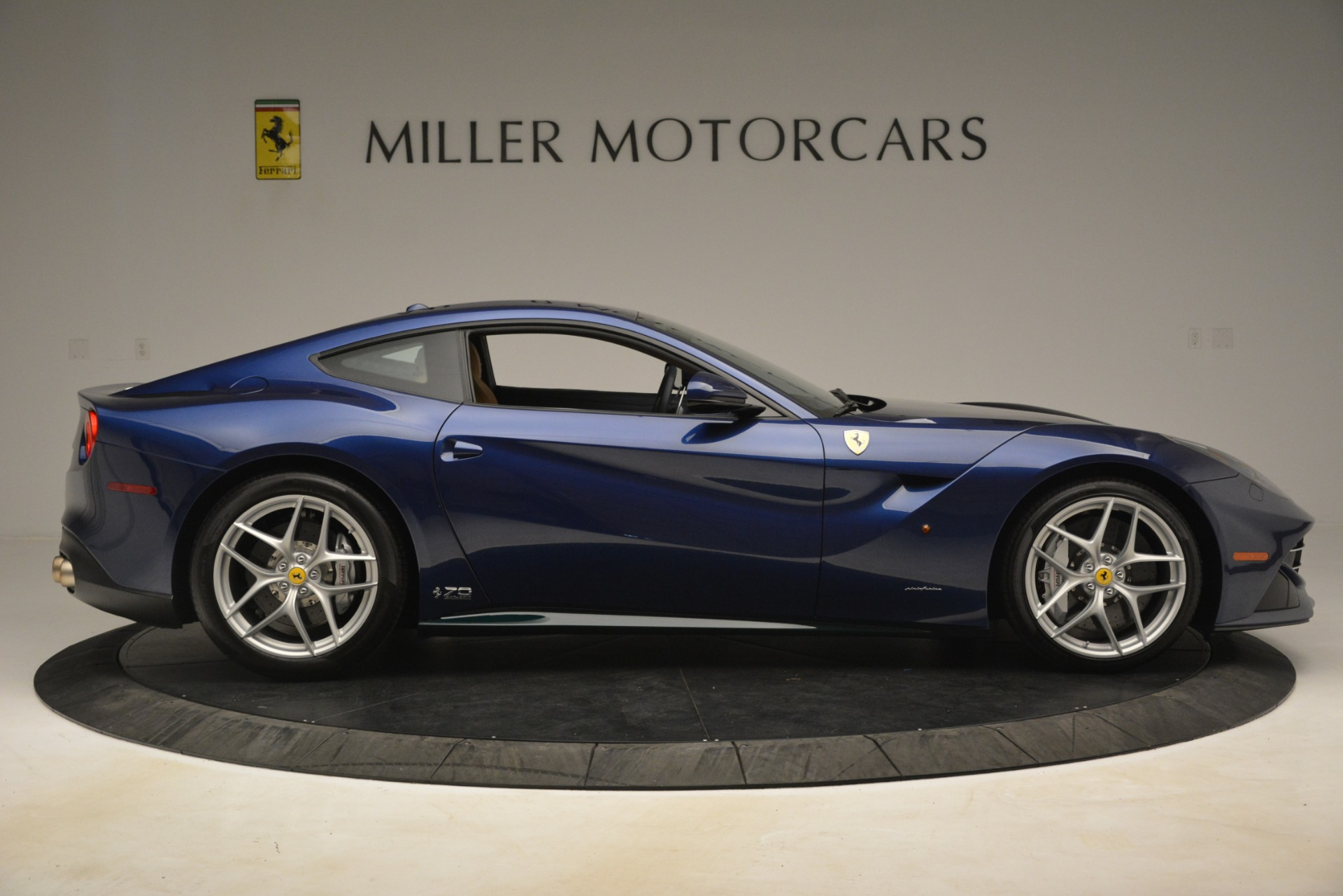 Used 2017 Ferrari F12 Berlinetta  For Sale In Westport, CT 3222_p10