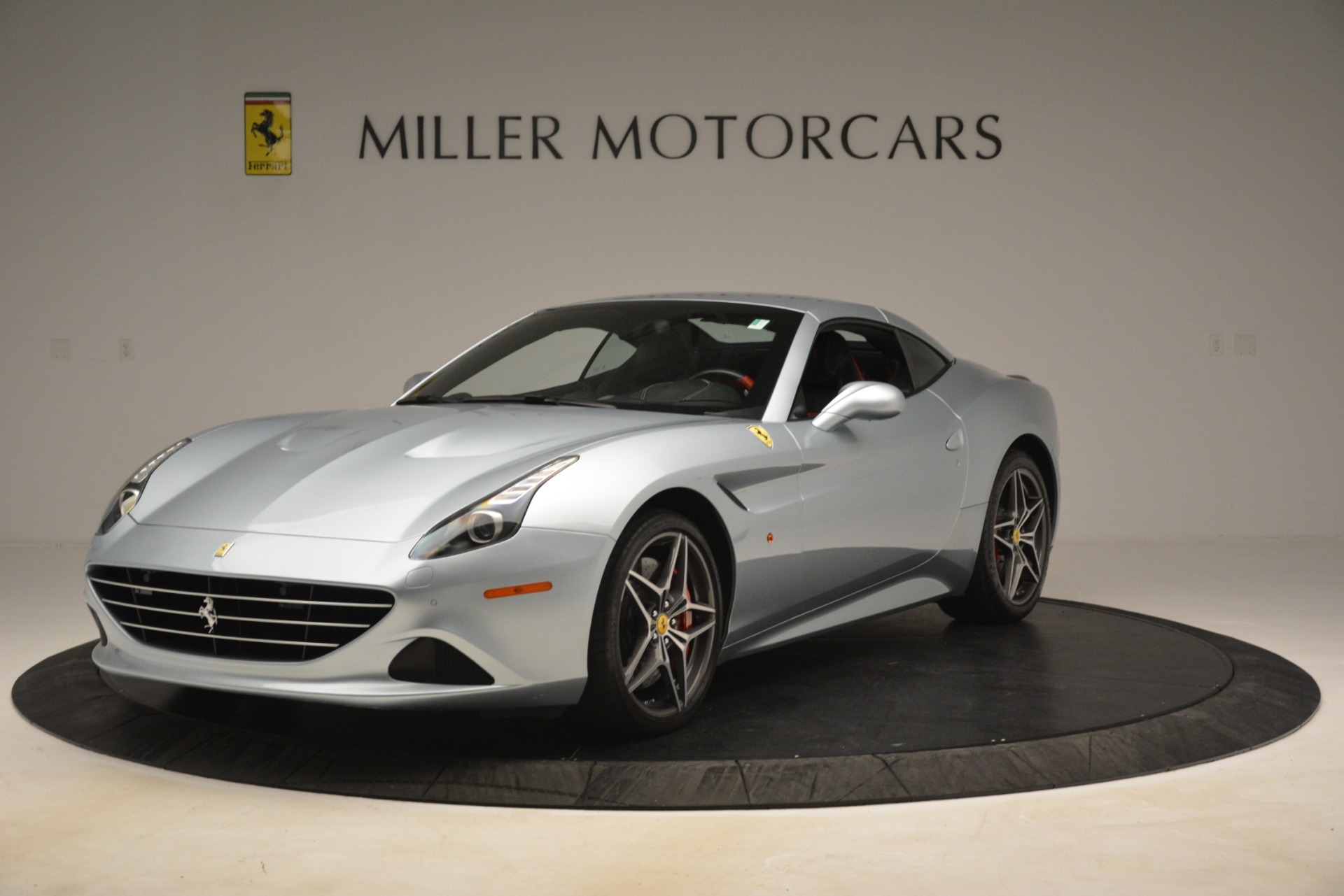Used 2016 Ferrari California T  For Sale In Westport, CT 3224_p13