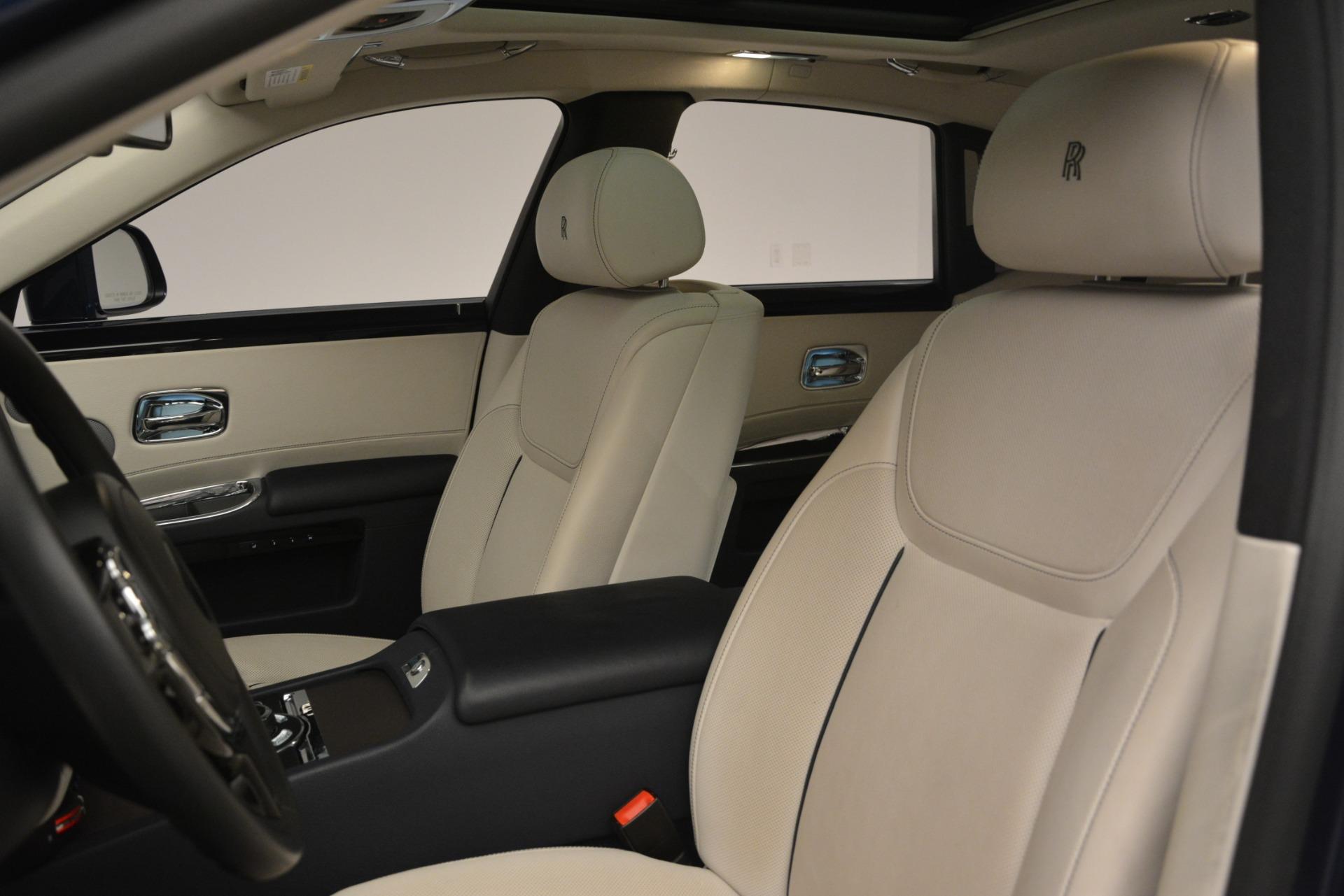 Used 2016 Rolls-Royce Ghost  For Sale In Westport, CT 3226_p12