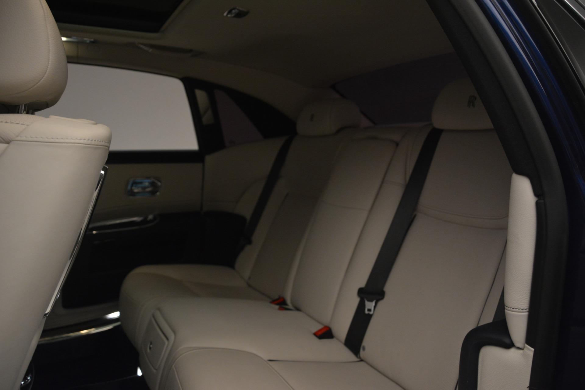 Used 2016 Rolls-Royce Ghost  For Sale In Westport, CT 3226_p15