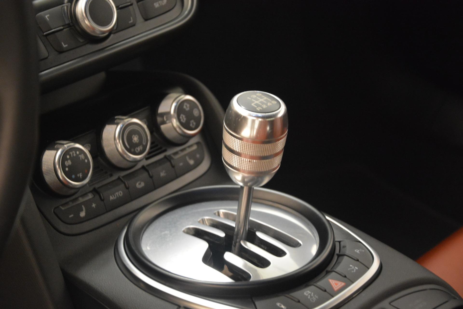 Used 2009 Audi R8 quattro For Sale In Westport, CT 3228_p15